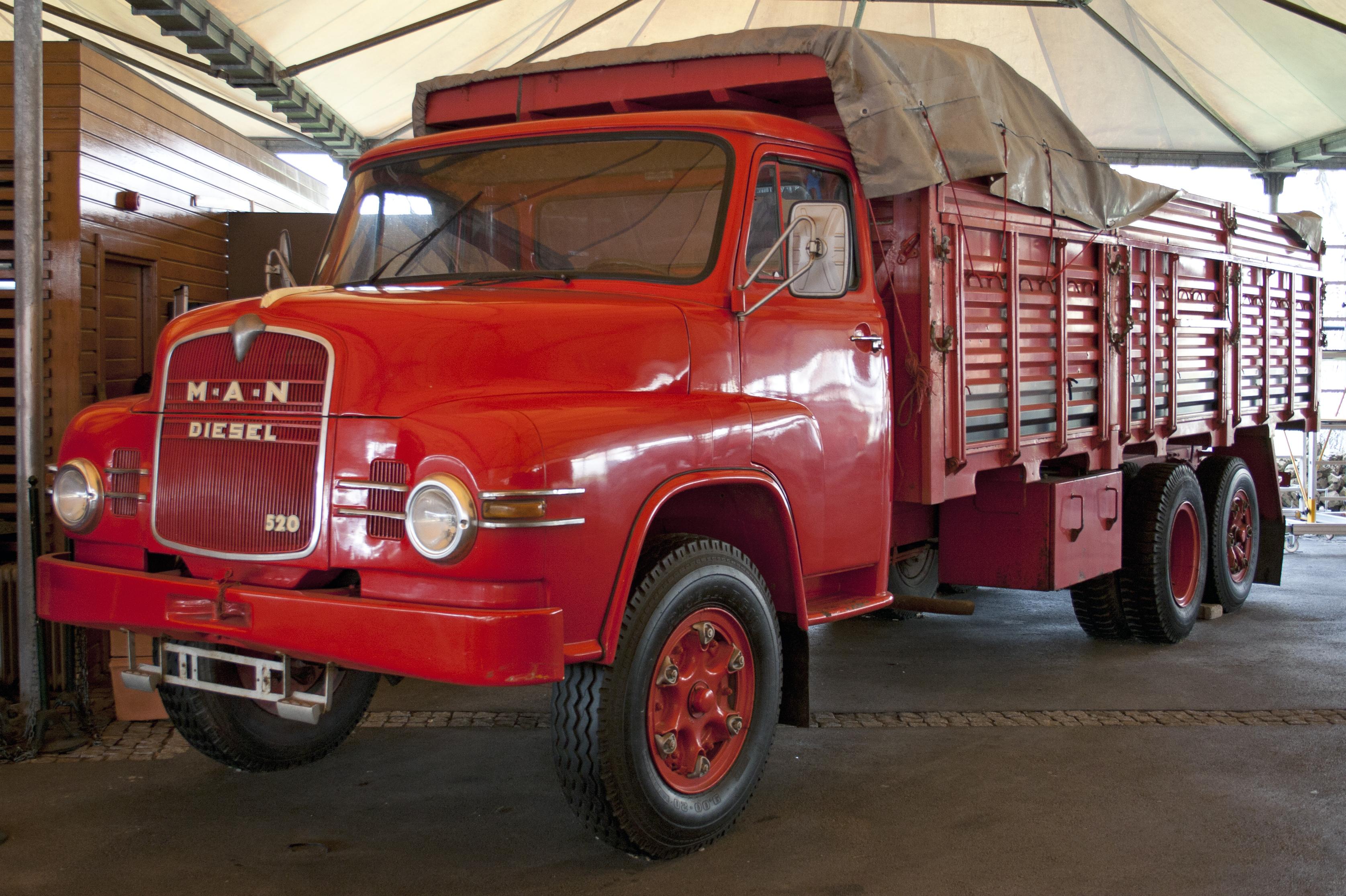 efsane eski kamyonlar | arabalı sözlük