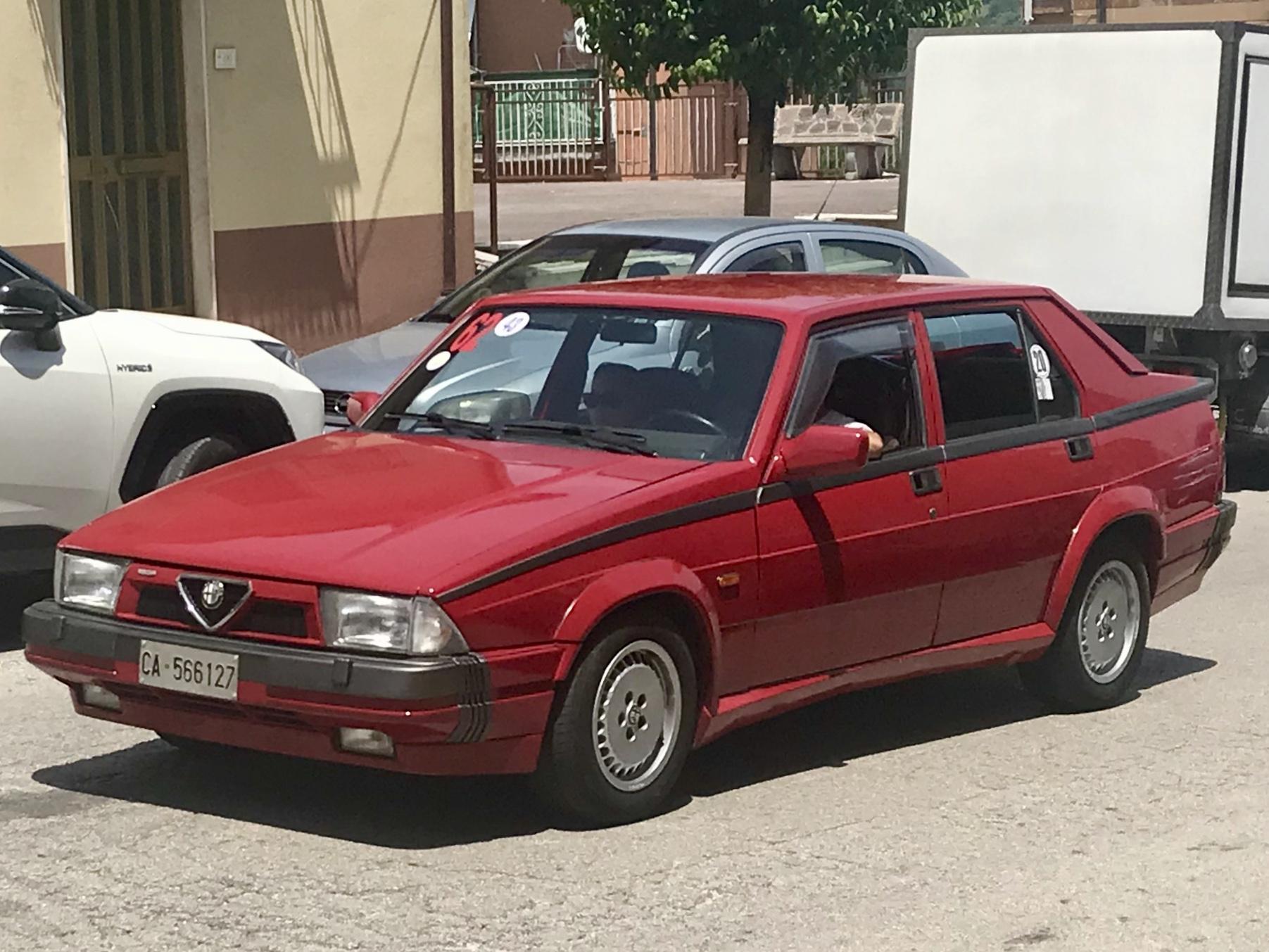 File 1988 Alfa Romeo 75 1 8 Turbo America Jpg Wikimedia Commons