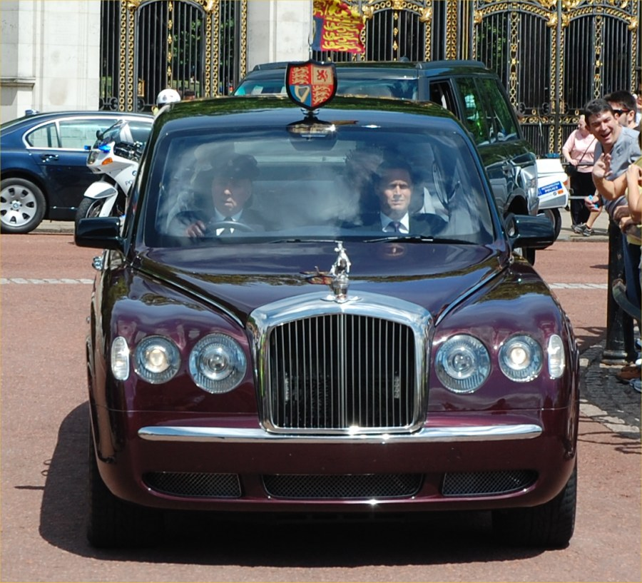 Bentley State Limousine – Wikipedia