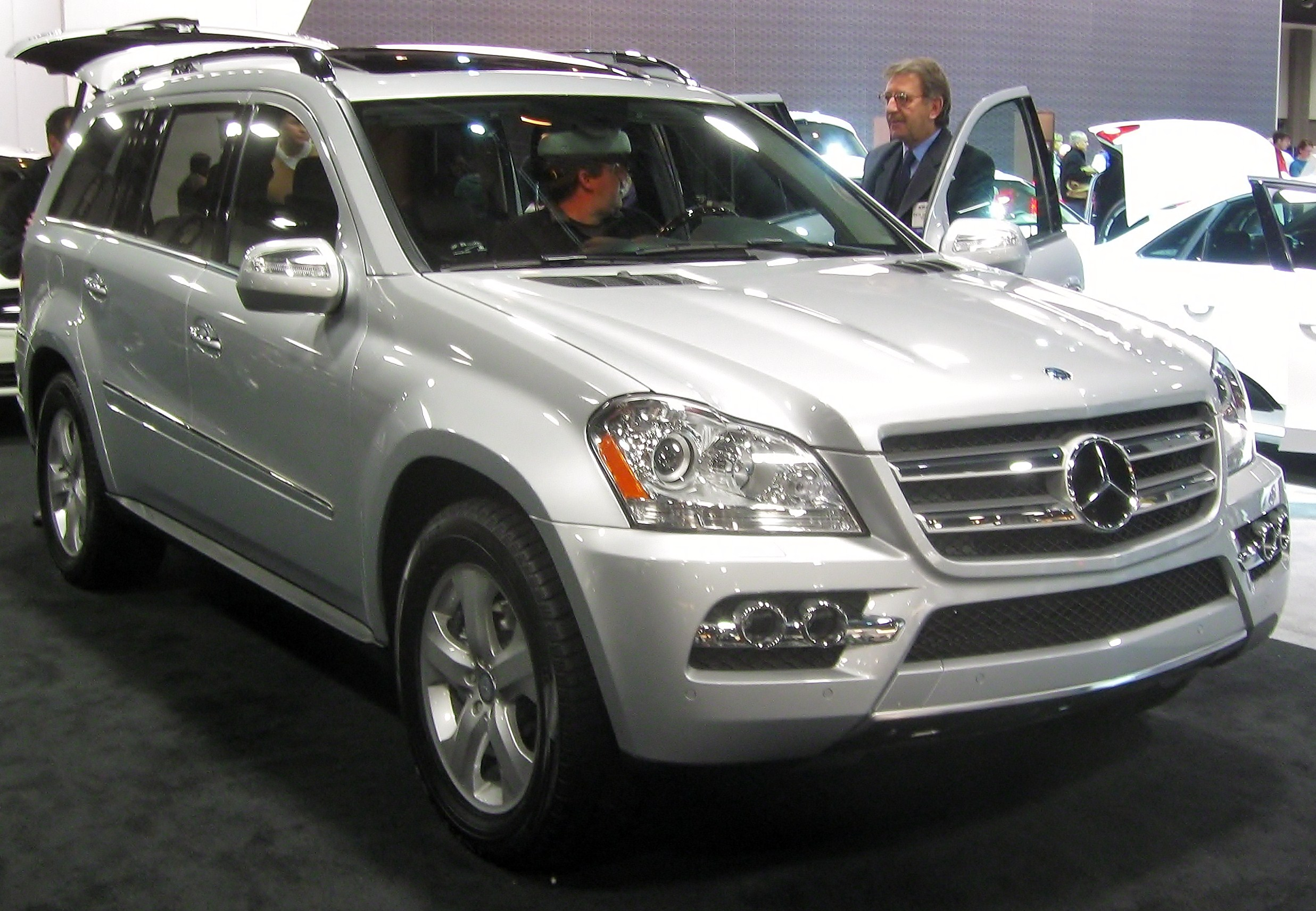 File 2010 Mercedes Benz GL   2010 DC on mercedes benz e350