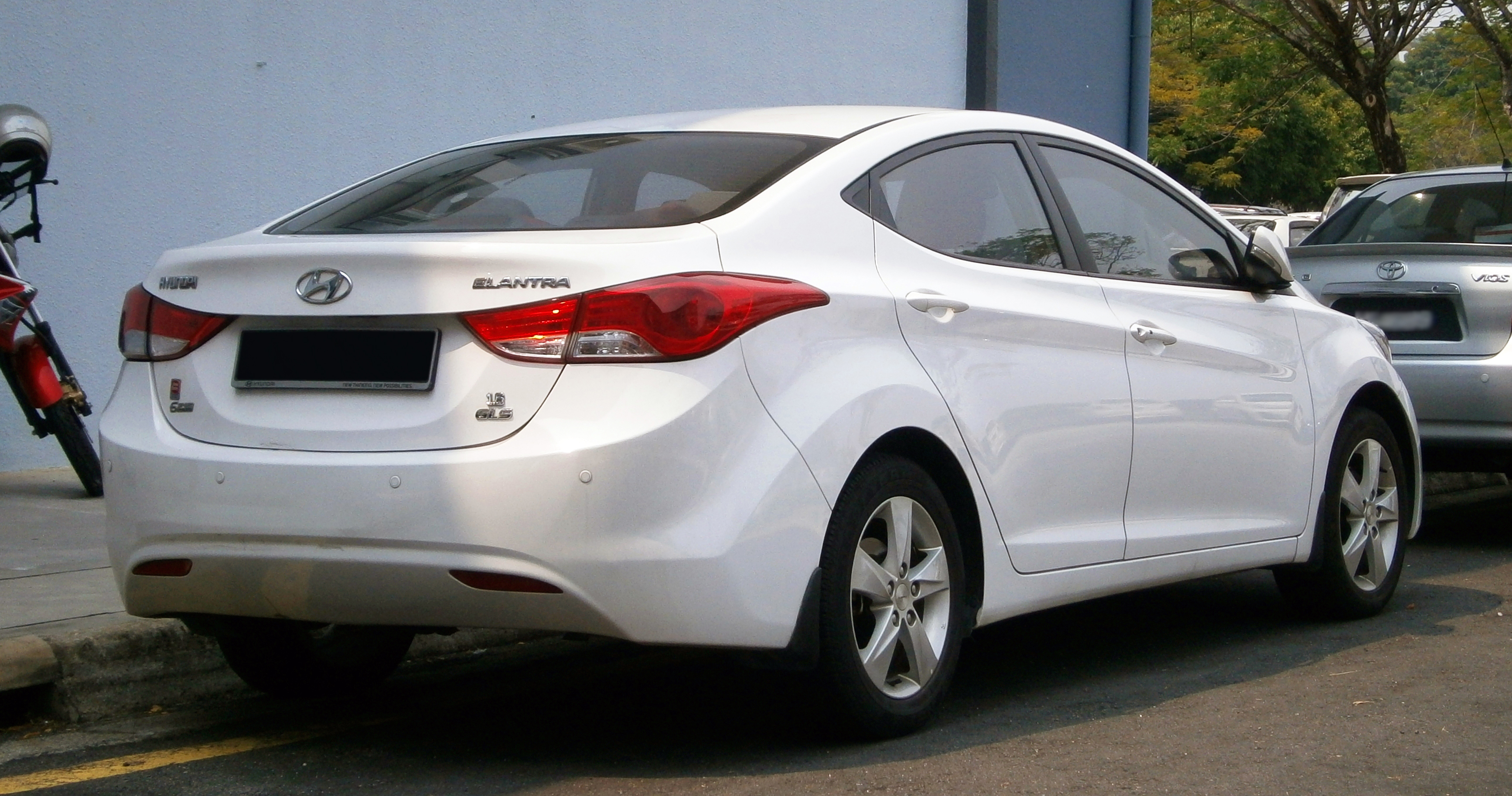 Hyundai elantra 2013 specs