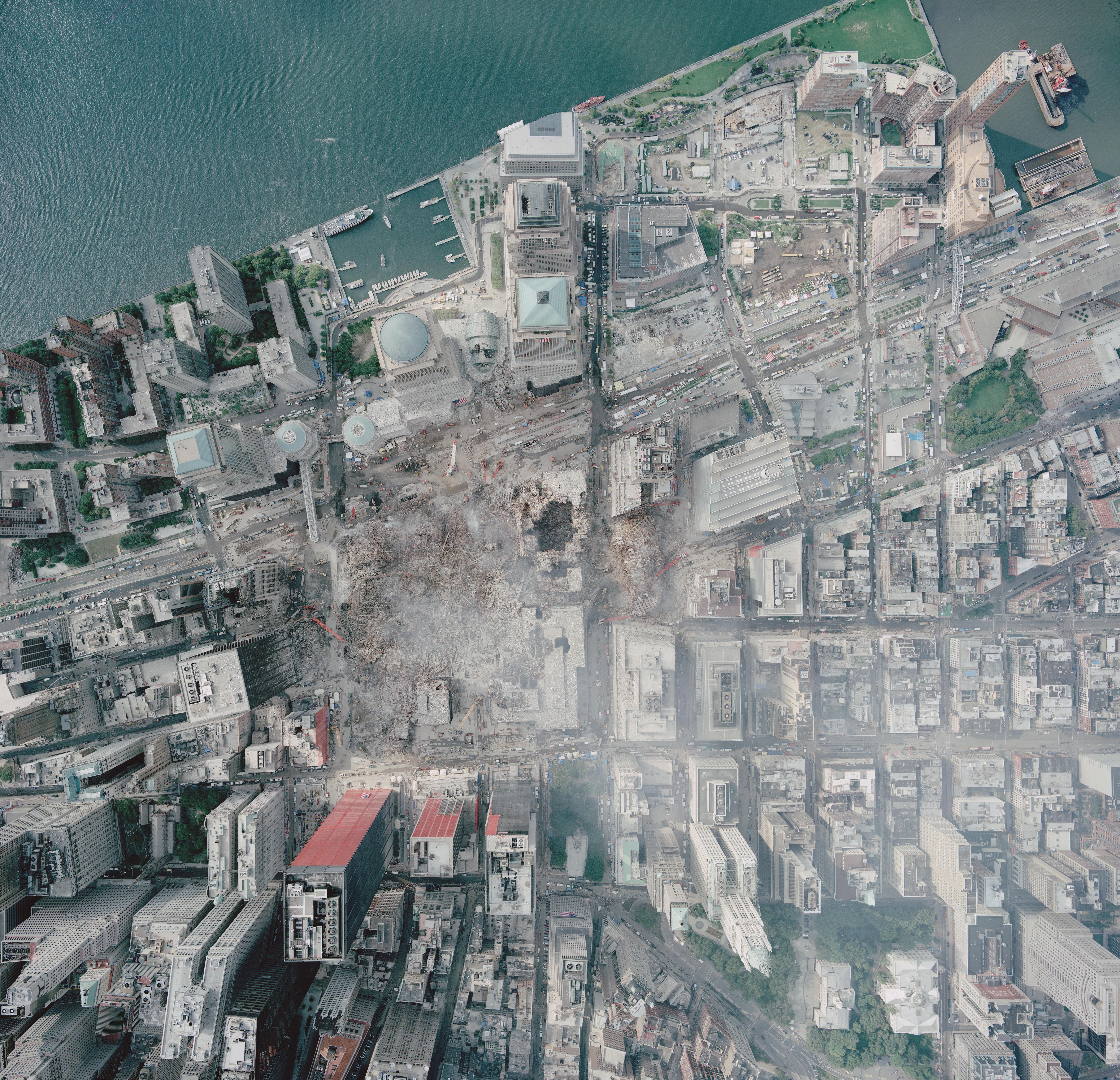 Description Aerial photo of WTC groundzero.jpg