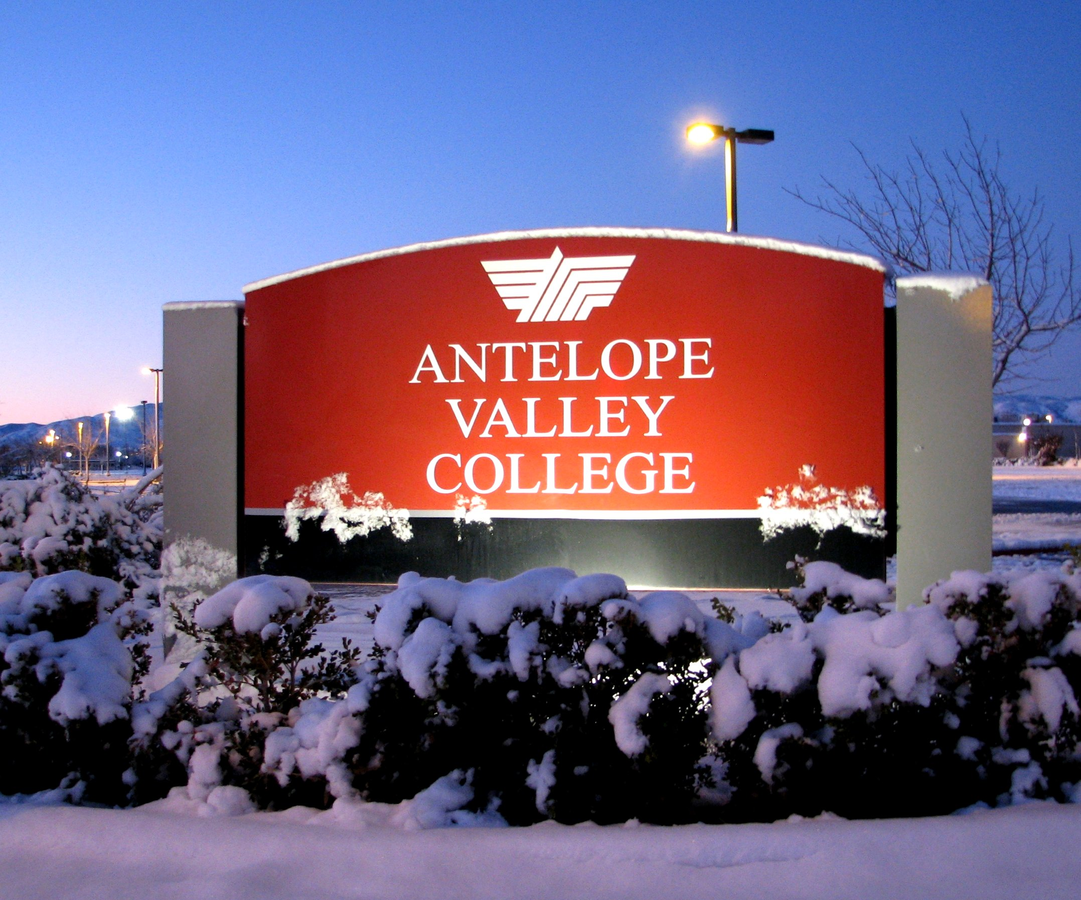 Valley College Edu >> Antelope Valley College Wikipedia
