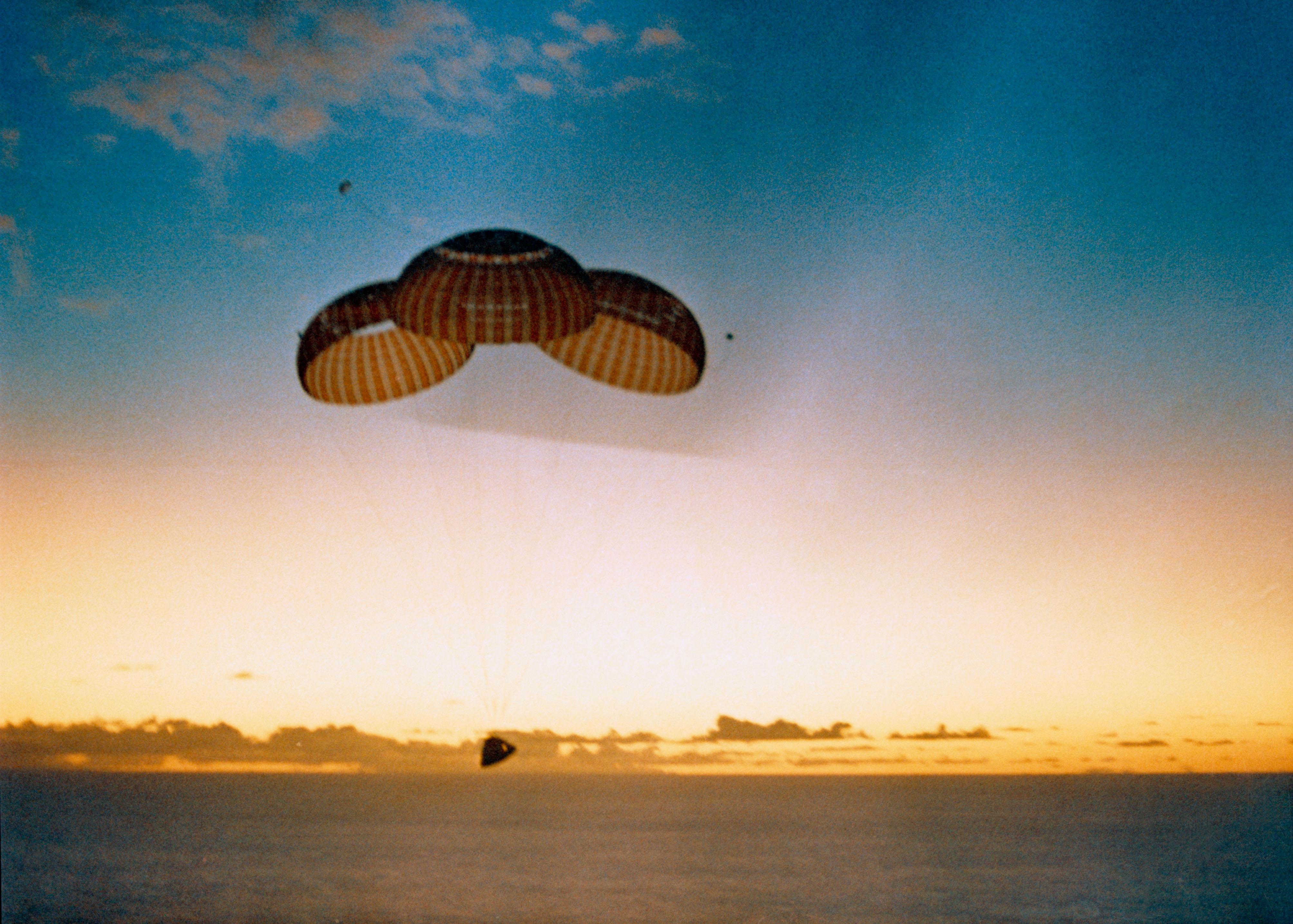 apollo 8 landing - photo #20