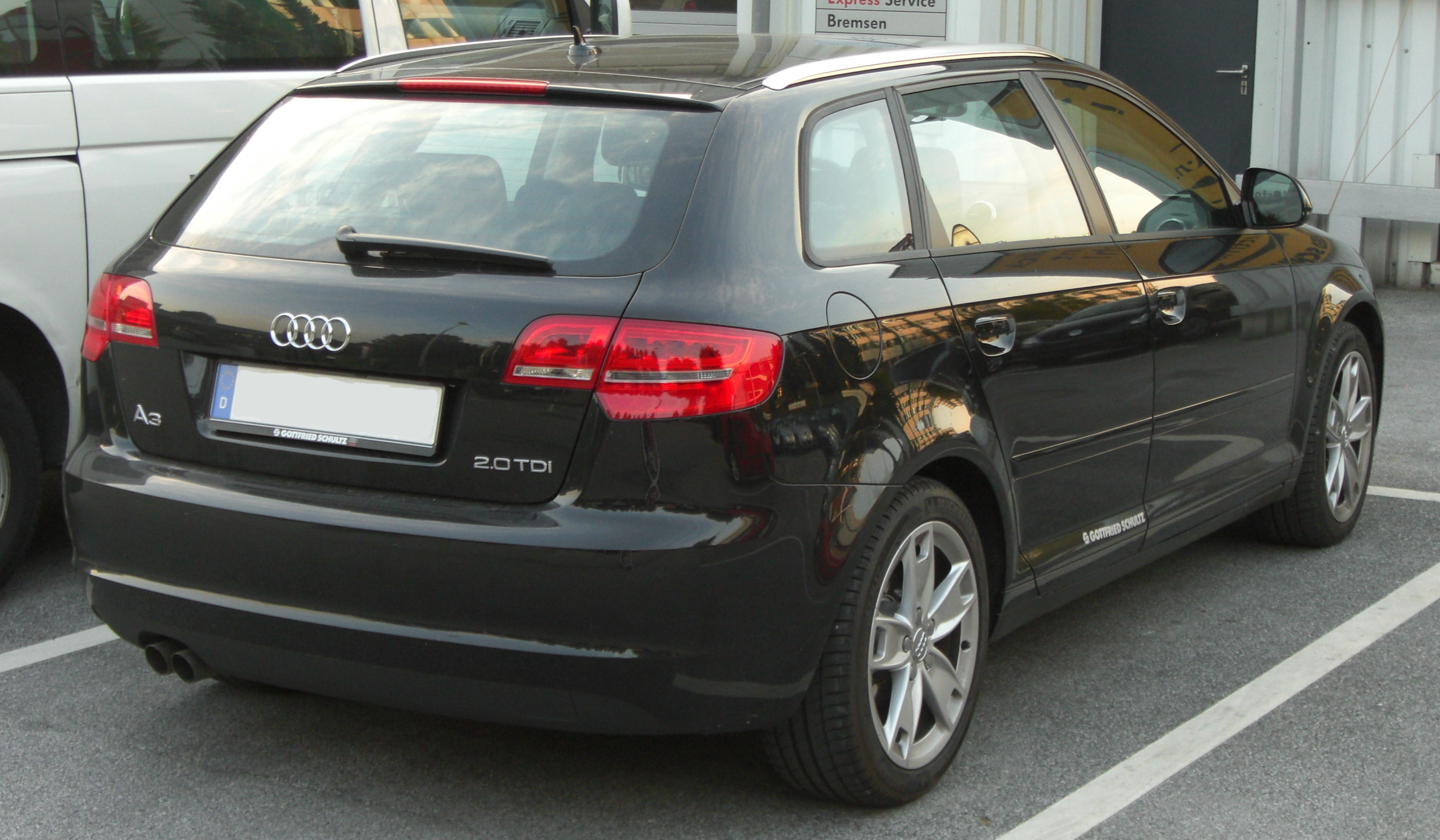 file audi a3 sportback 2 0 tdi facelift rear jpg wikimedia commons. Black Bedroom Furniture Sets. Home Design Ideas