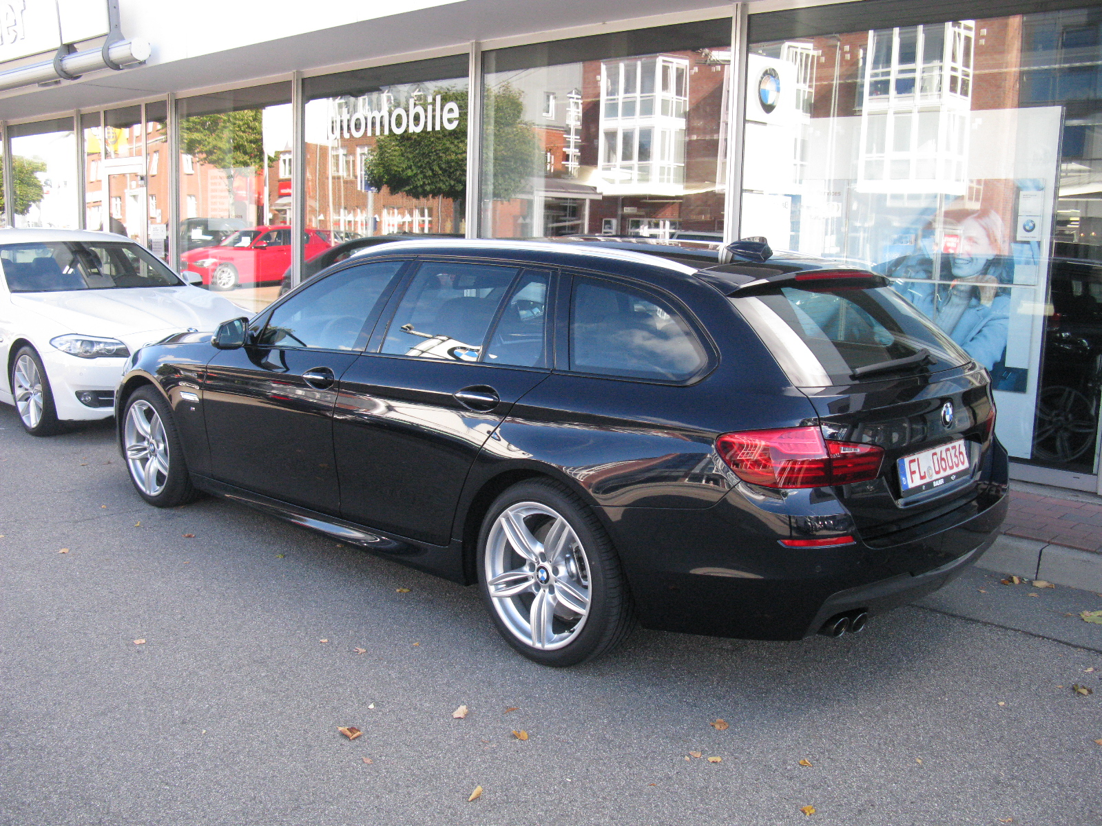 file bmw 5 series touring m sport f11 11106860995 jpg wikimedia commons. Black Bedroom Furniture Sets. Home Design Ideas
