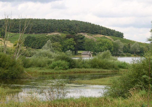 Boathouse and Cropston Reservoir - geograph.org.uk - 48496