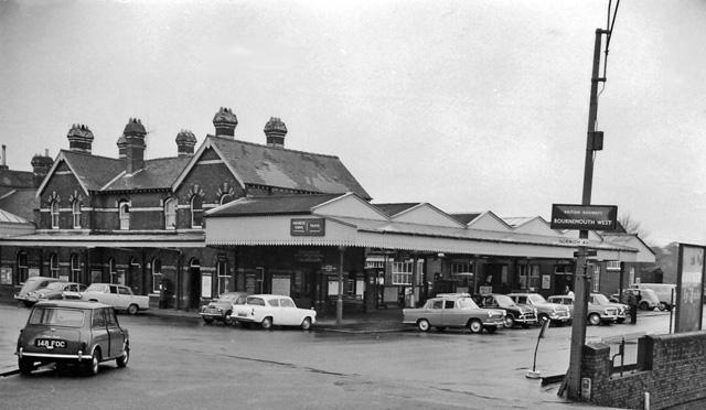 File Bournemouth West Station 1861607 F4776380 Jpg