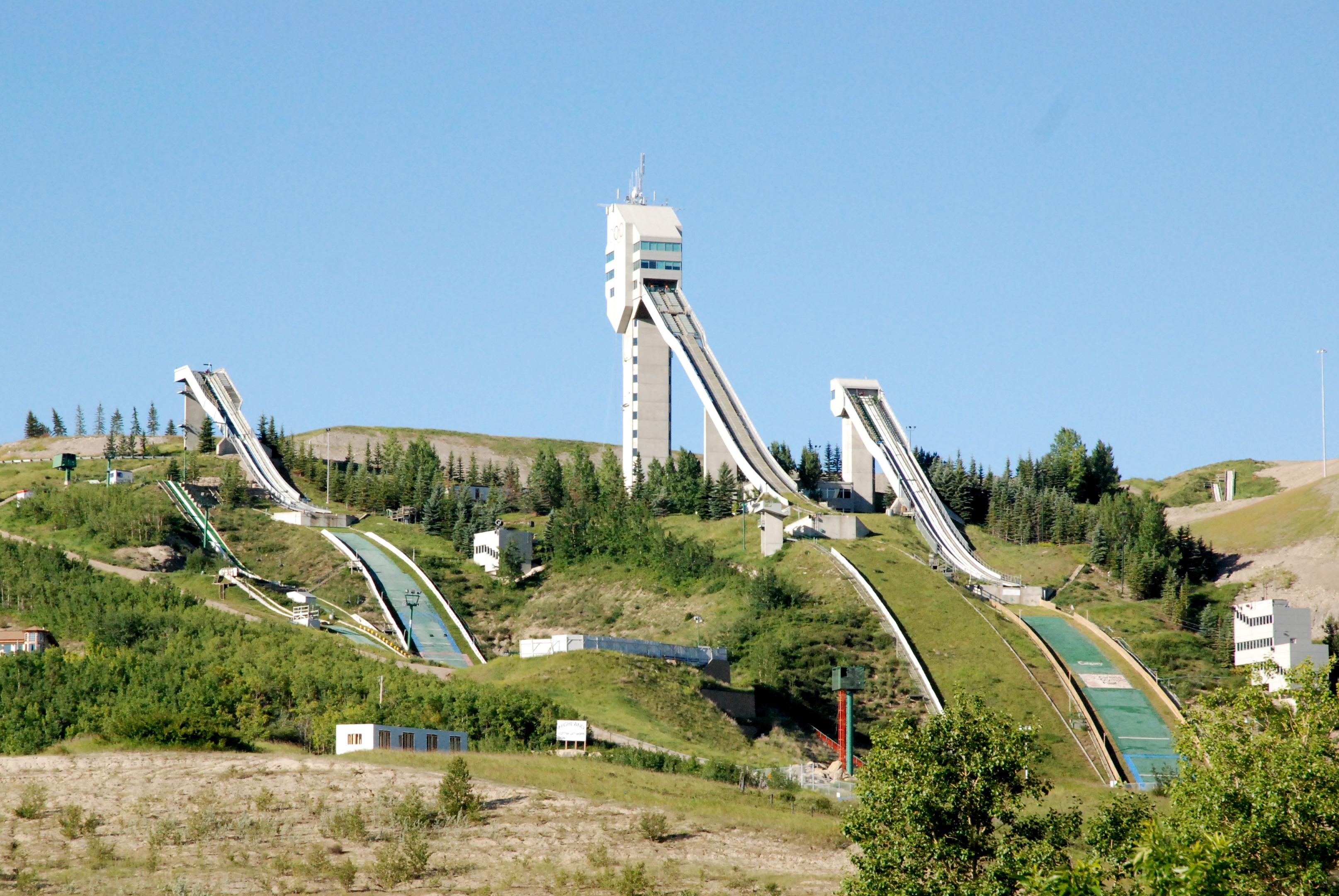 File Calgary Ski Jumps 02 Jpg Wikimedia Commons