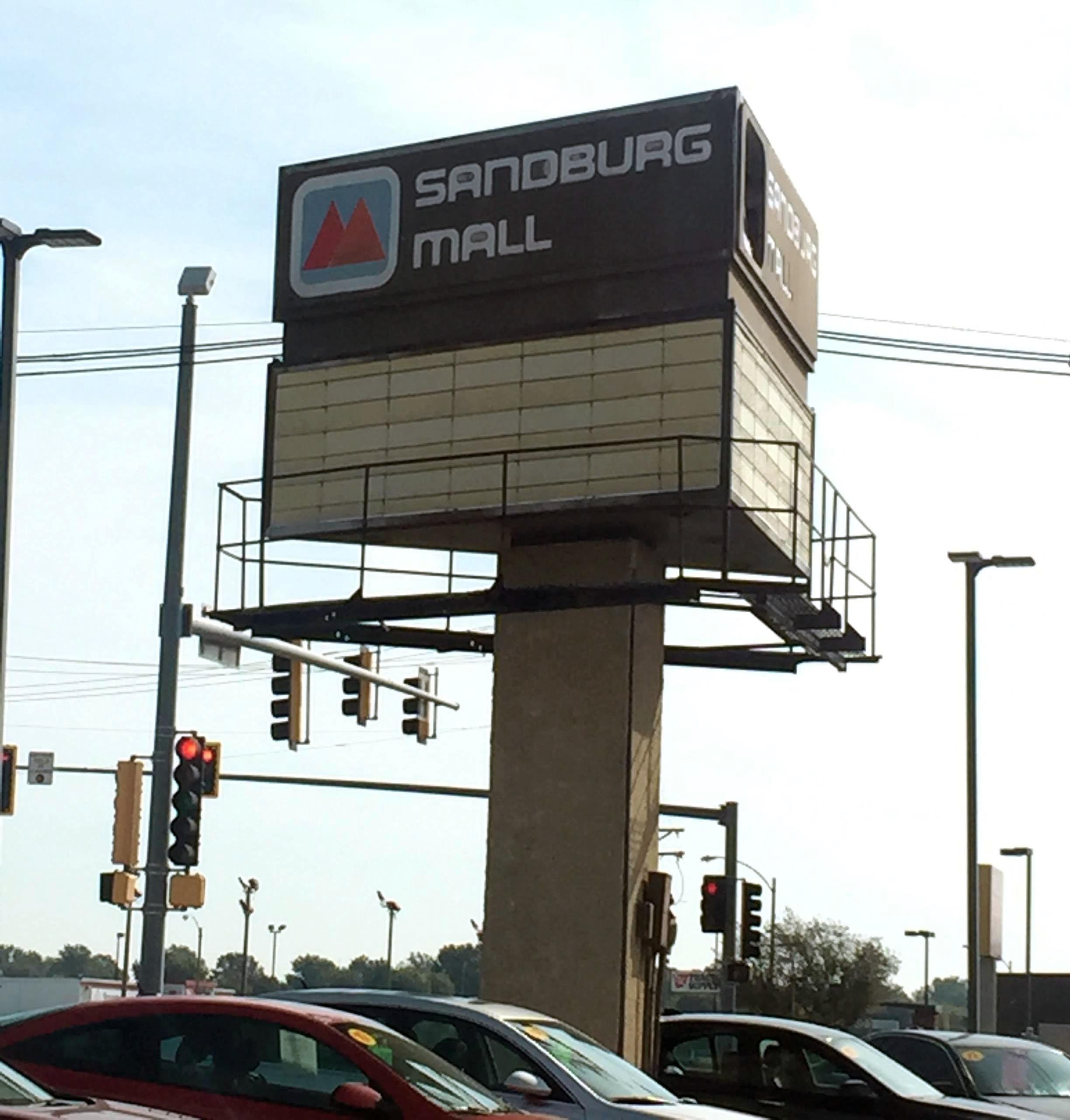Sandburg Mall - Wikipedia