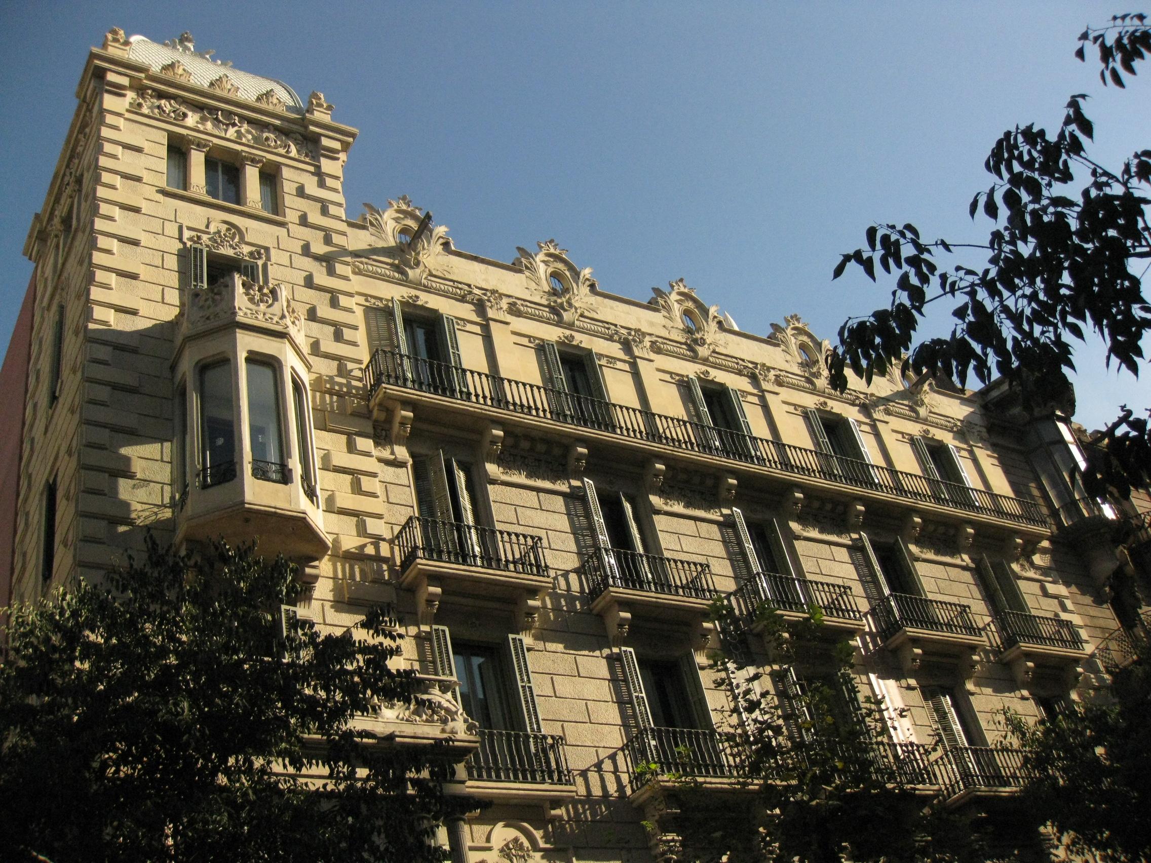 File casa garriga nogu s cantonada amb wikimedia commons - Casa la garriga ...
