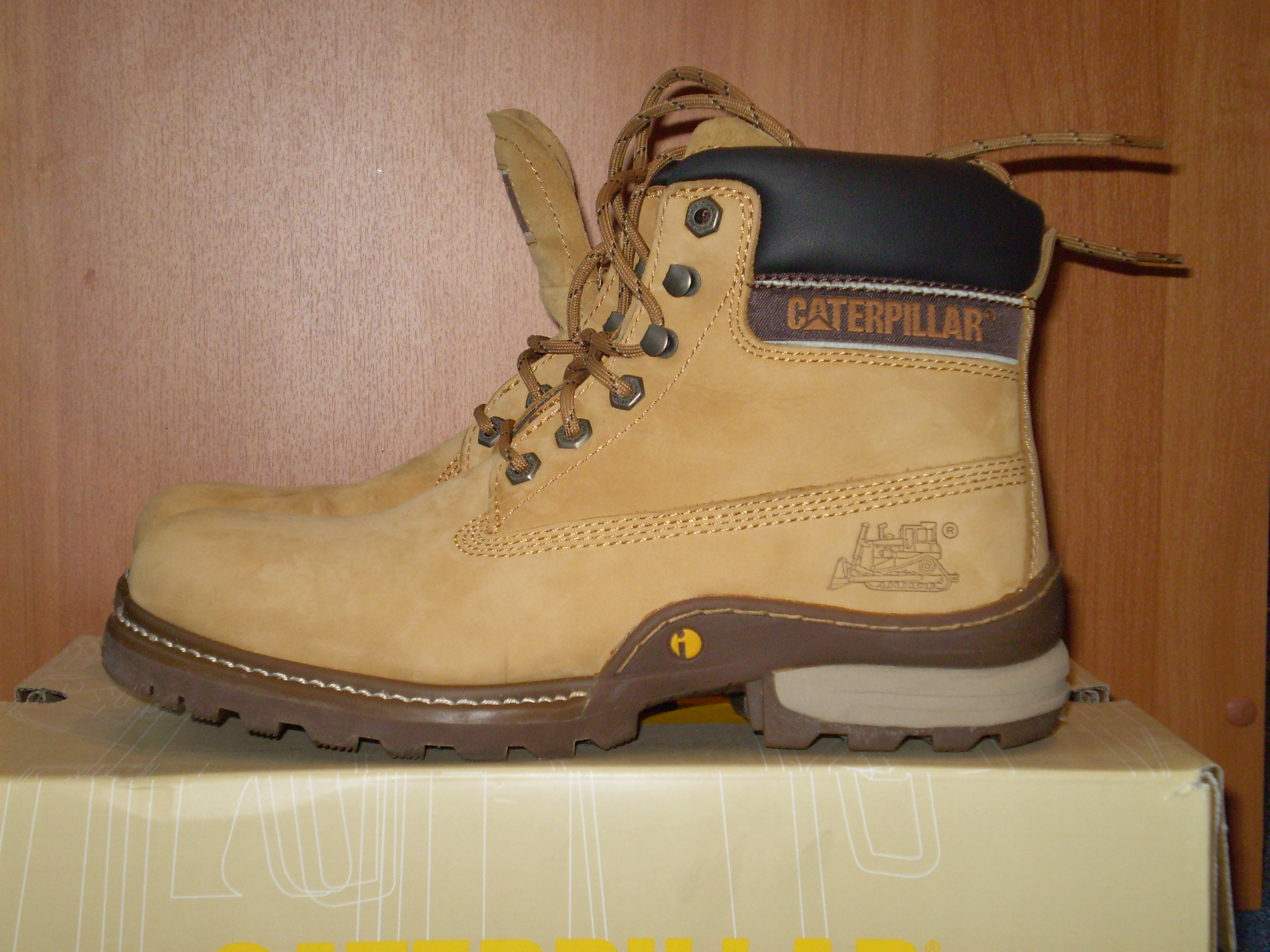 Caterpillar Safety Shoes For Ladies