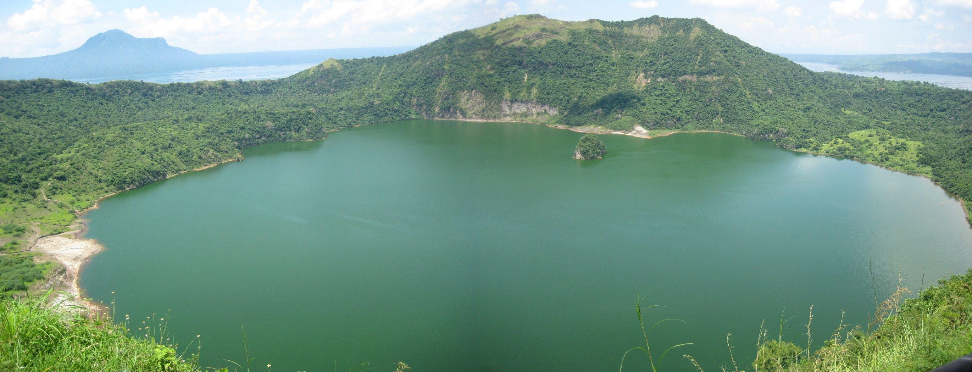 One Island Lake Bc Ites A