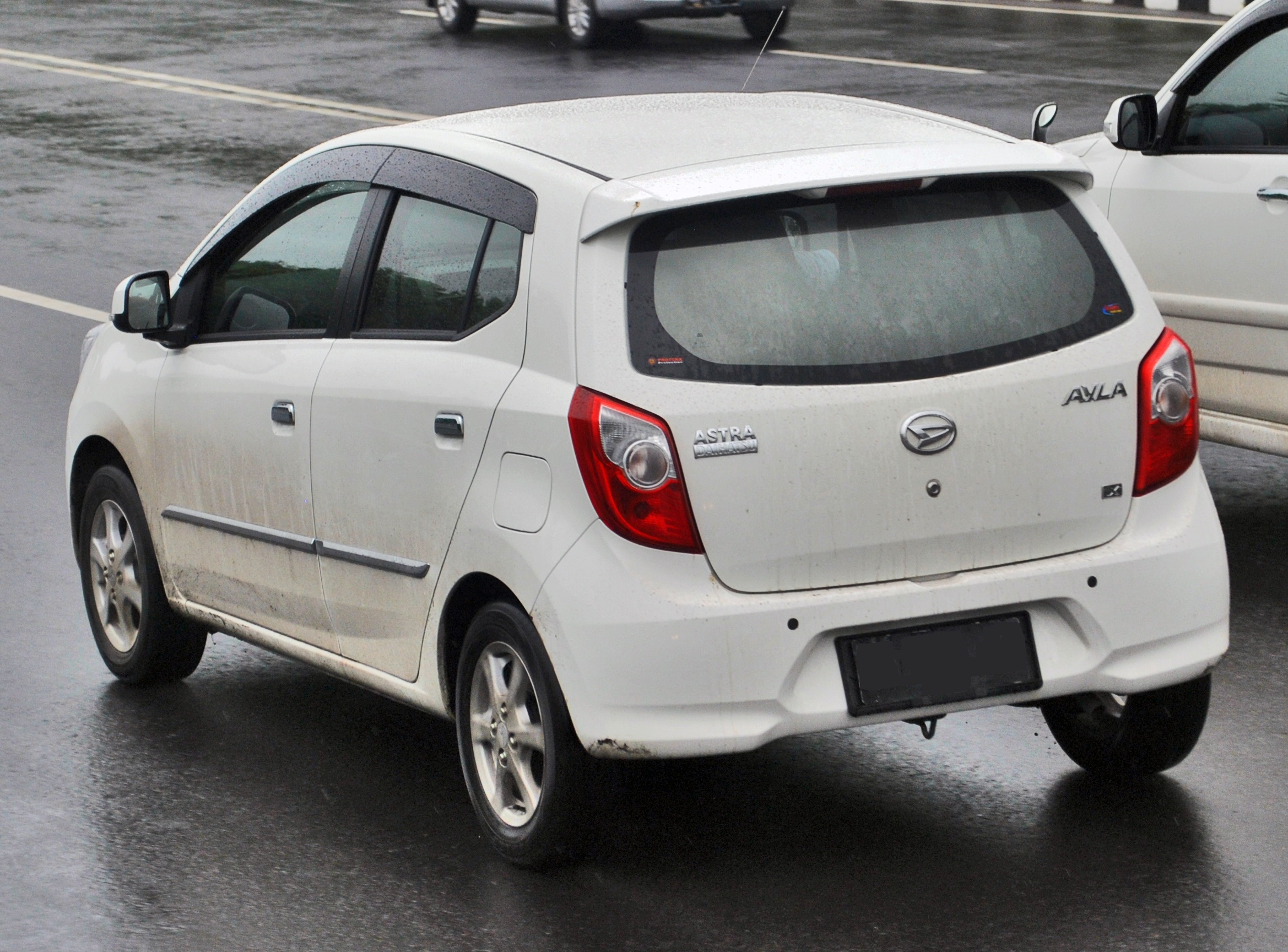 File Daihatsu Ayla Rear View Jpg Wikimedia Commons