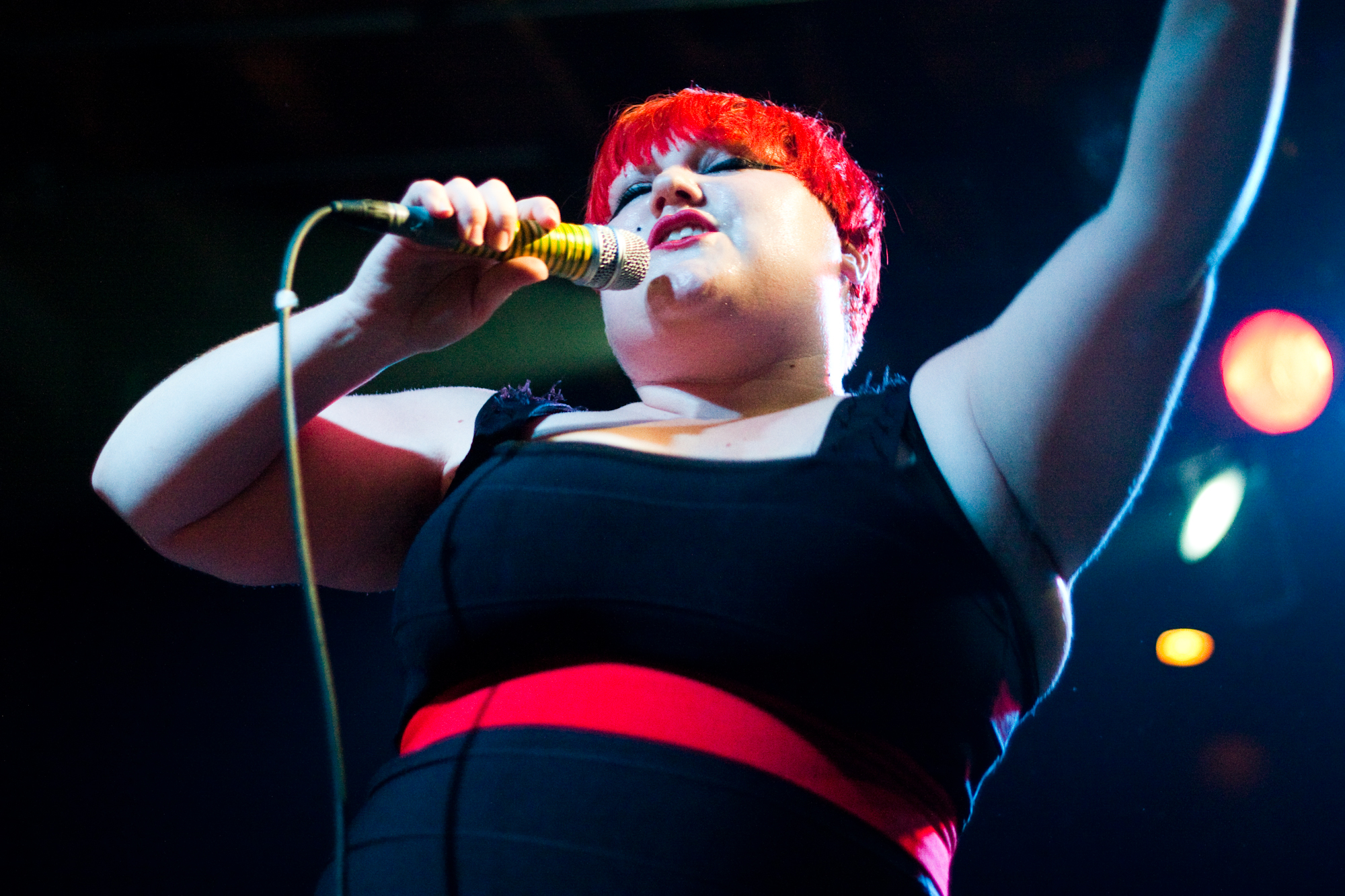 English: Beth Ditto with Gossip at the Mezzani...