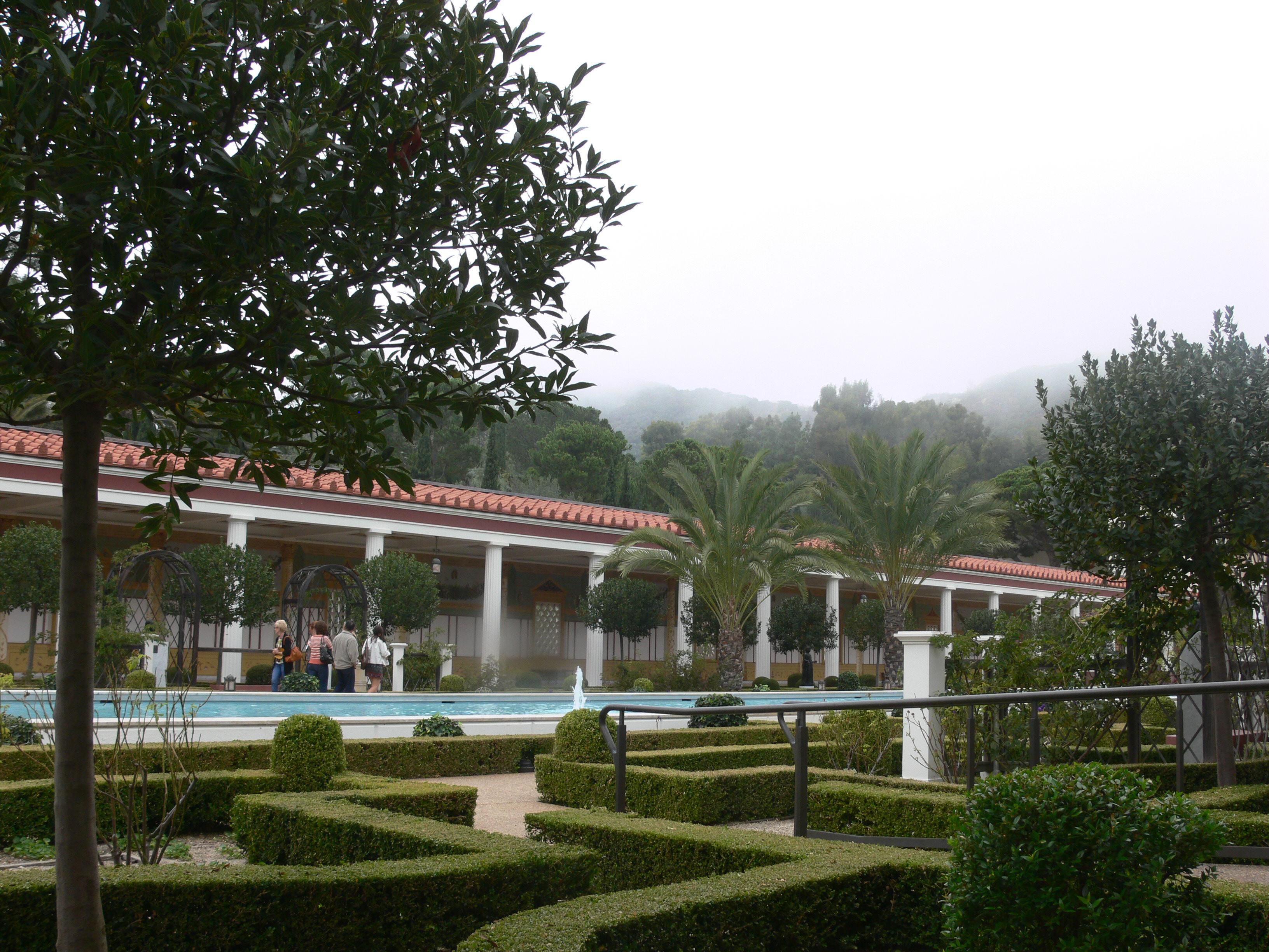 File Getty Villa Gardens Main Wikimedia