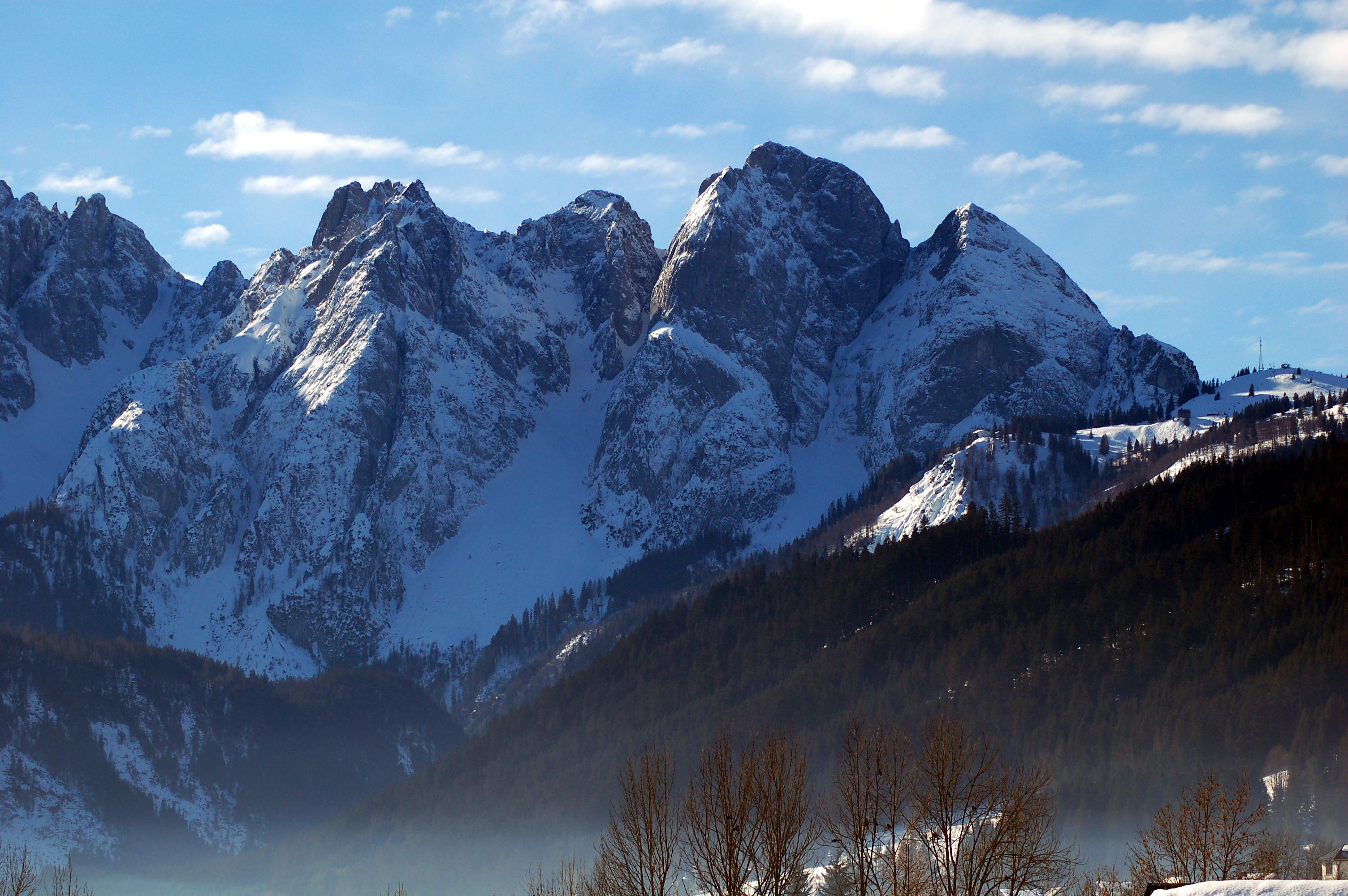 Klettersteig Donnerkogel : Klettersteige mit fantastischem bergpanorama und seenblick