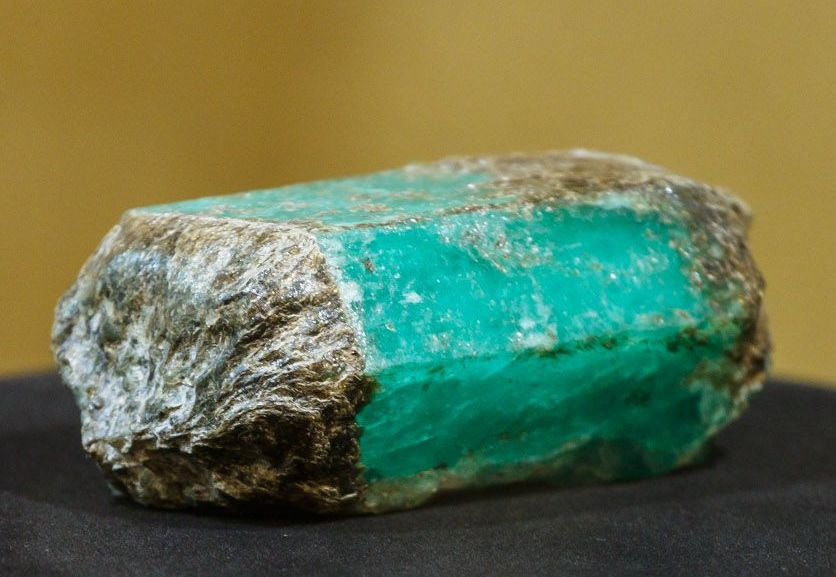 Governor's emerald (cropped).jpg