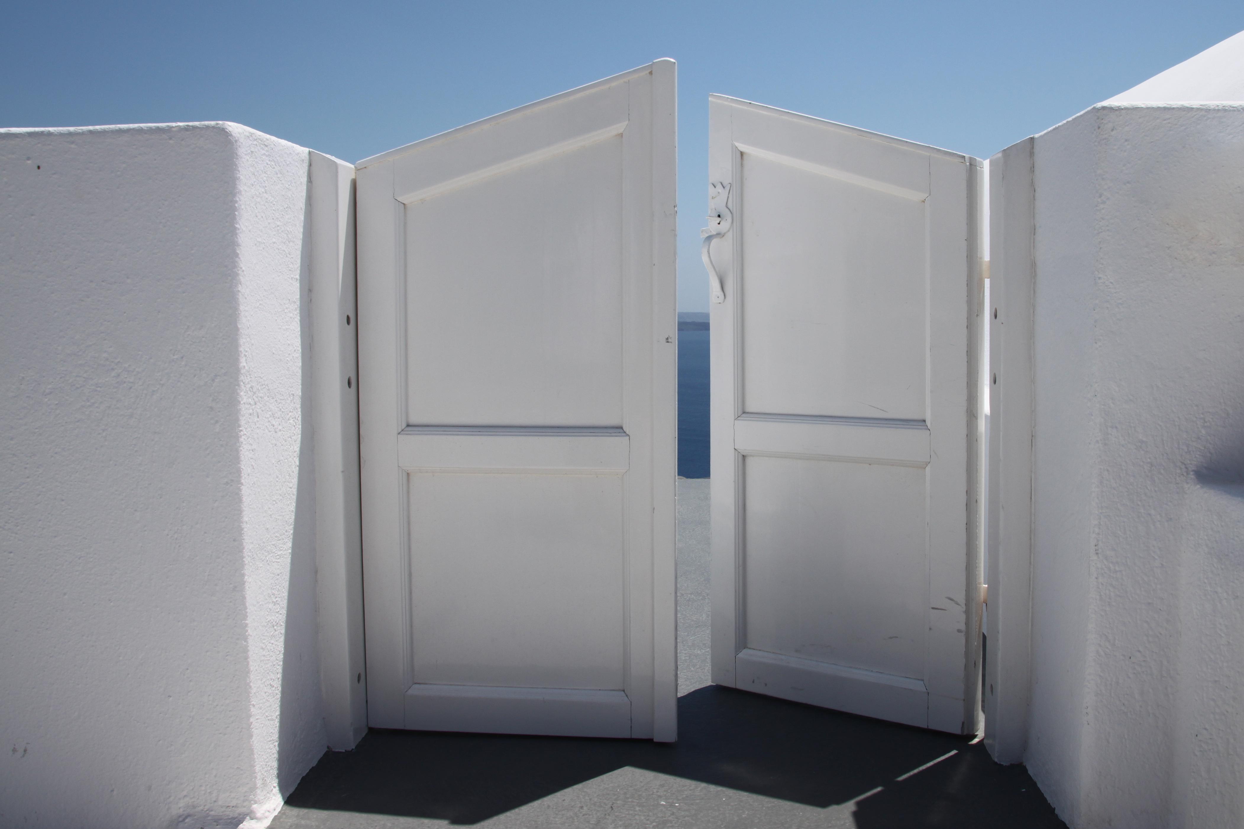 File half open door to heaven 4761478827 jpg wikimedia for 0pen door