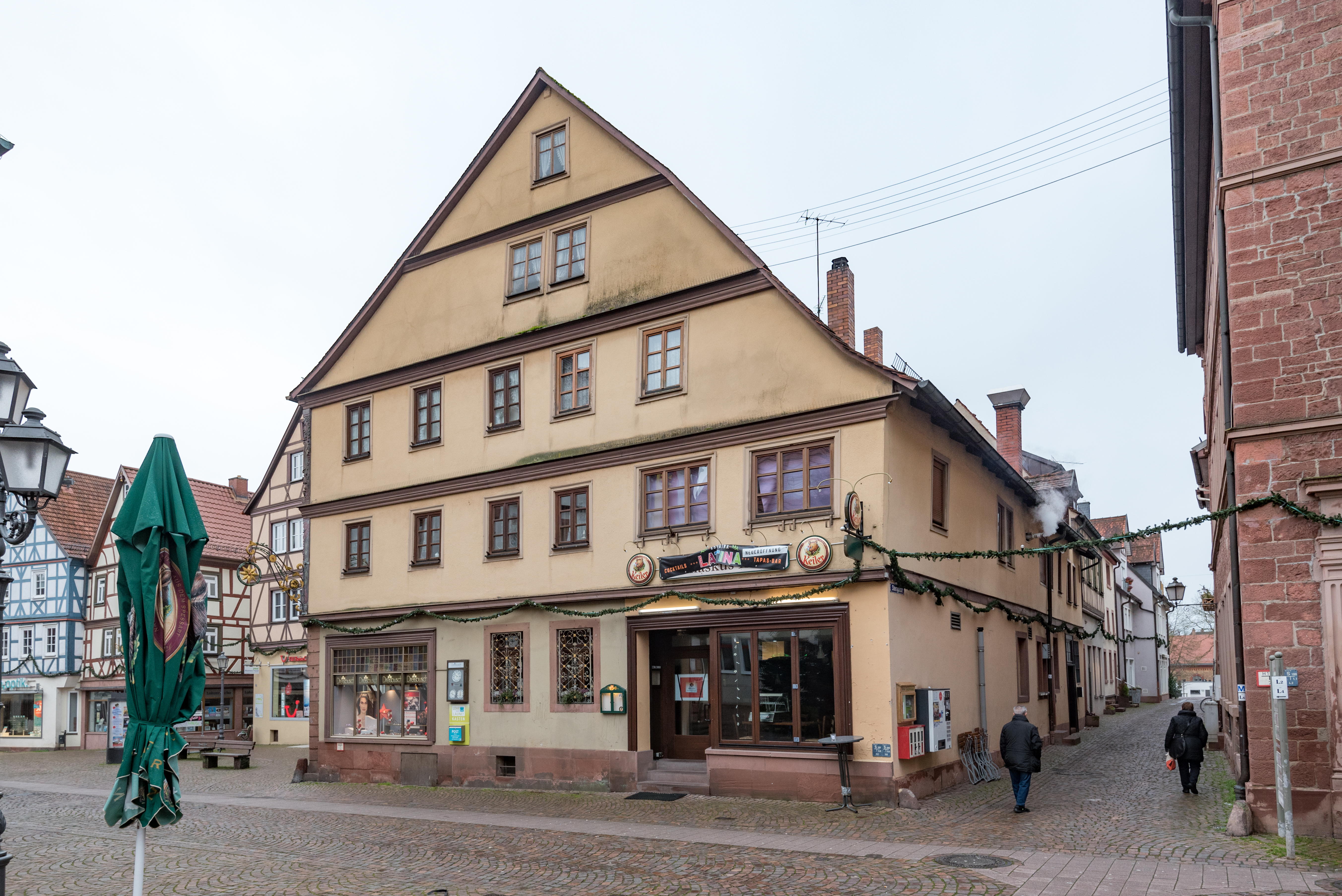File:Hauptstraße 27, 29 Lohr am Main 20191222 001.jpg