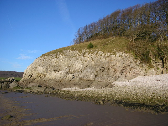 Headland, Silverdale shore - geograph.org.uk - 1616448