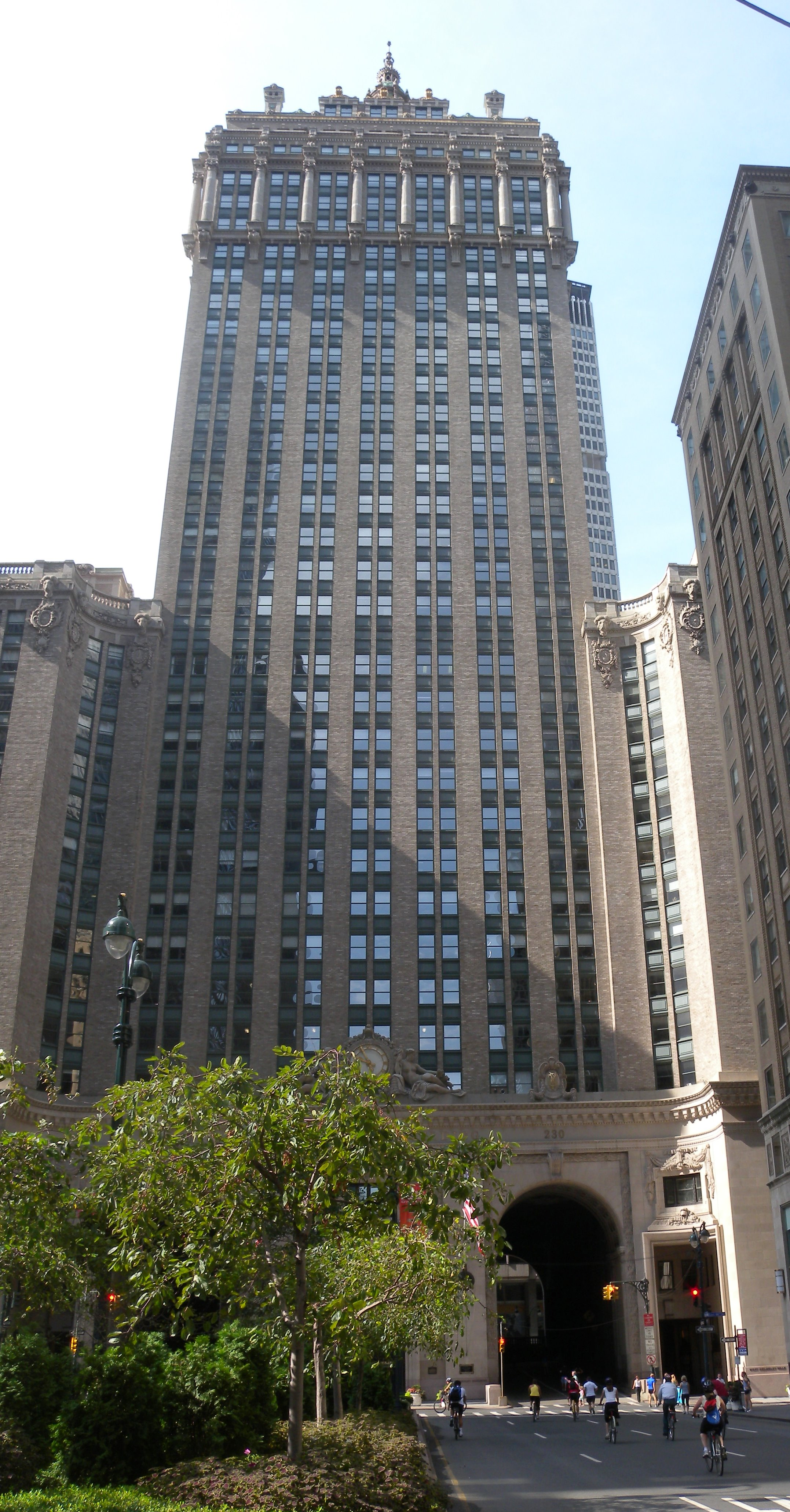 Helmsly Building New York