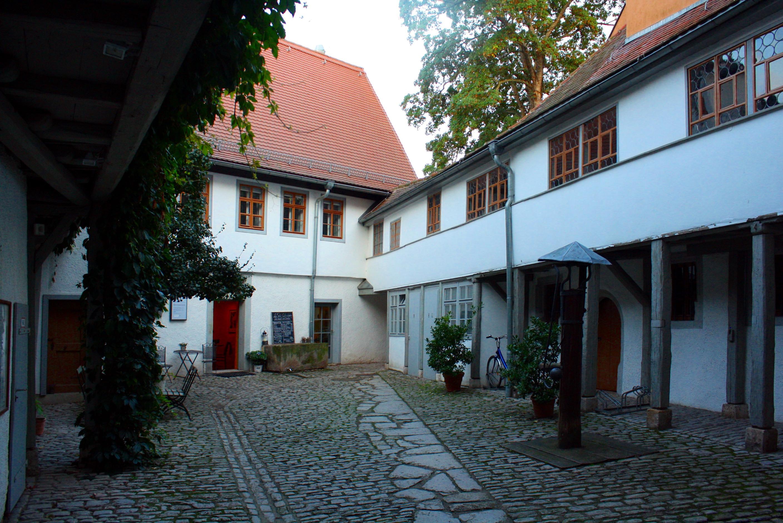 File Hinterhof Kirms Krackow Haus Weimar Jpg Wikimedia Commons