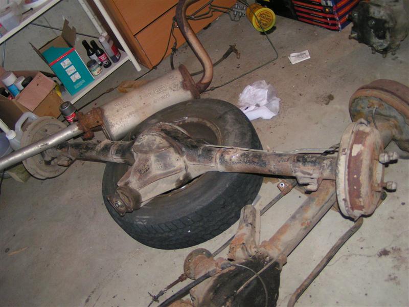 File:Hyundai Pony rear axle (193693100) jpg - Wikimedia Commons