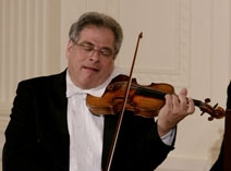 Description de l'image Itzhak Perlman whitehouse.jpg.