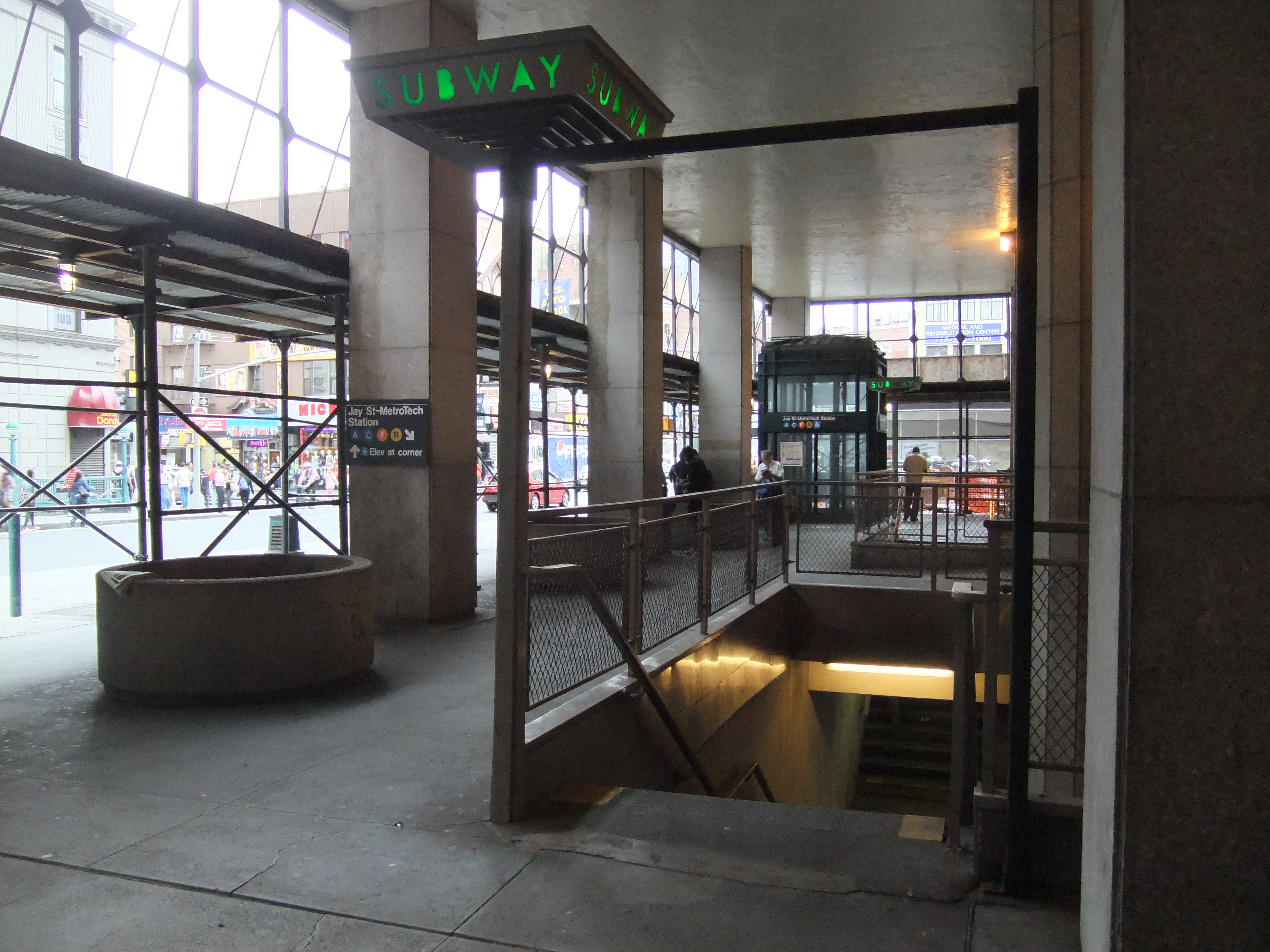 Jay Street Borough Hall Subway Map.Jay Street Metrotech Station Wikipedia