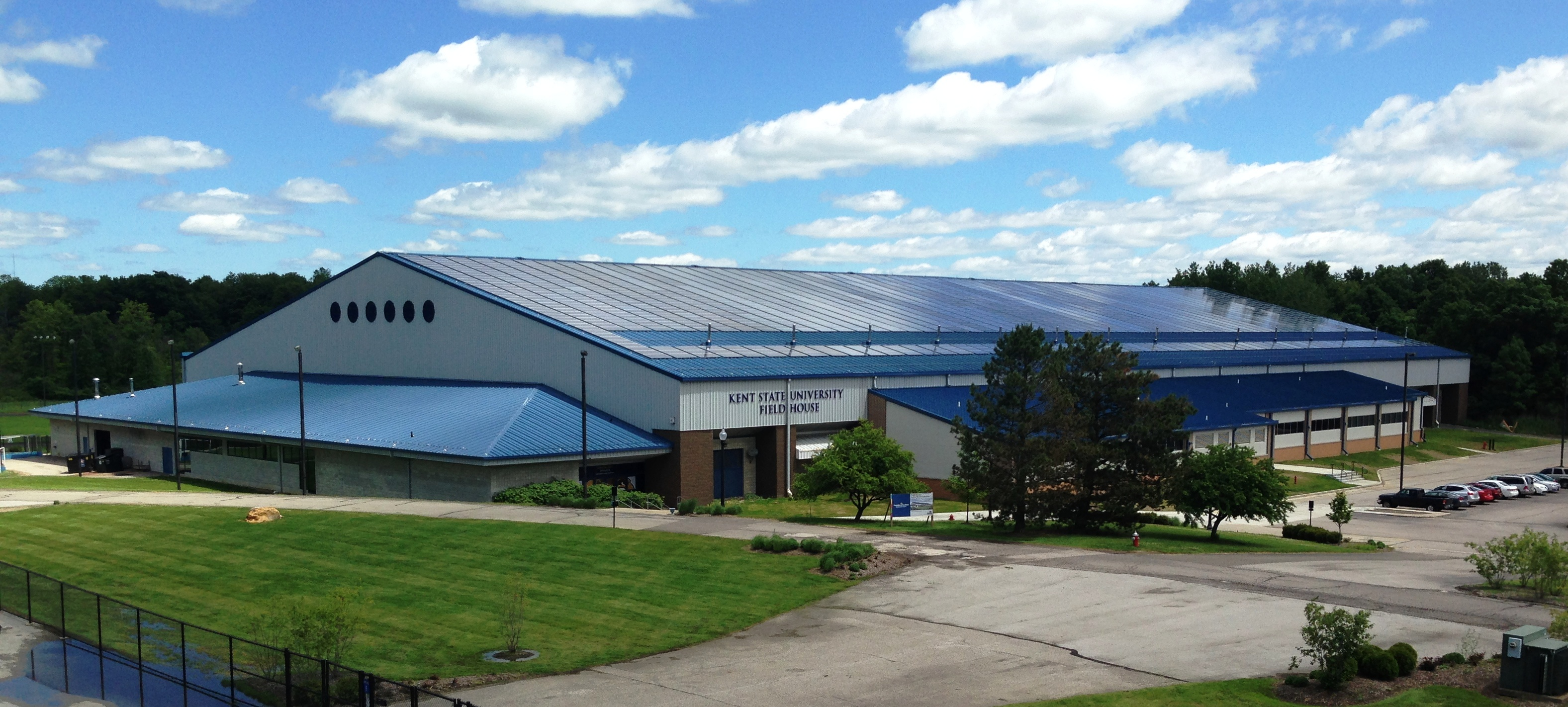File:Kent State Field House 2014.JPG - Wikimedia Commons on kent state football field, kent state women's soccer team, kent state ice arena, kent state art building, kent state indoor track, kent state baseball stadium, kent state football division,