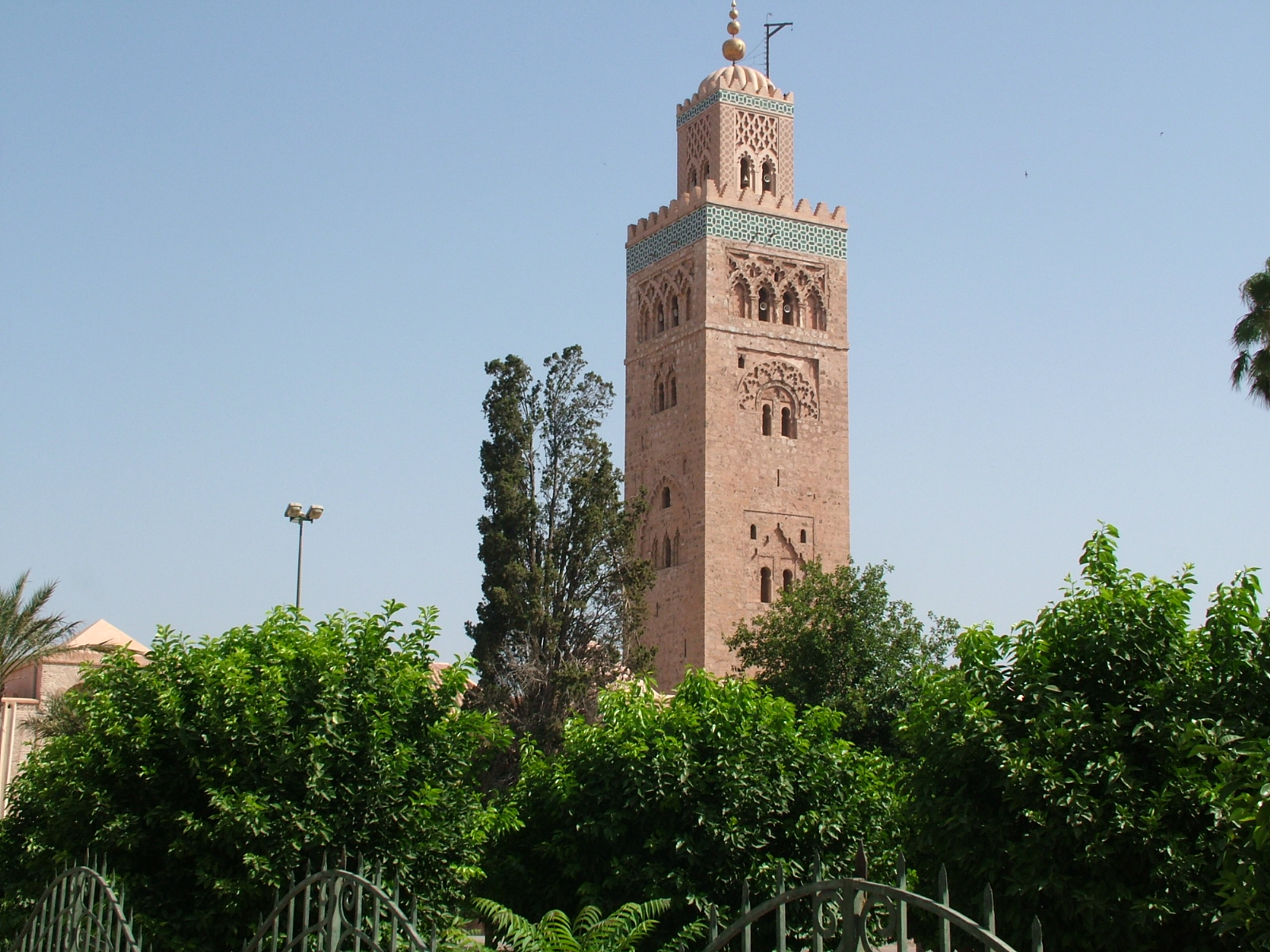 file koutoubia mosque marrakech wikipedia. Black Bedroom Furniture Sets. Home Design Ideas
