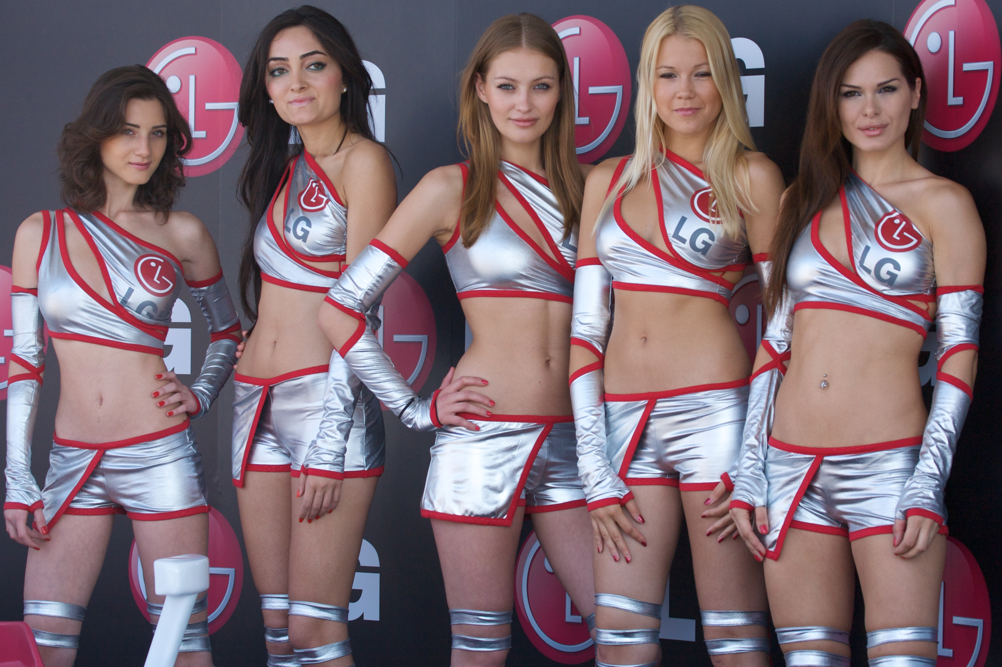 File:LG Girls - 2009 Turkish Grand Prix.jpg - Wikimedia ...