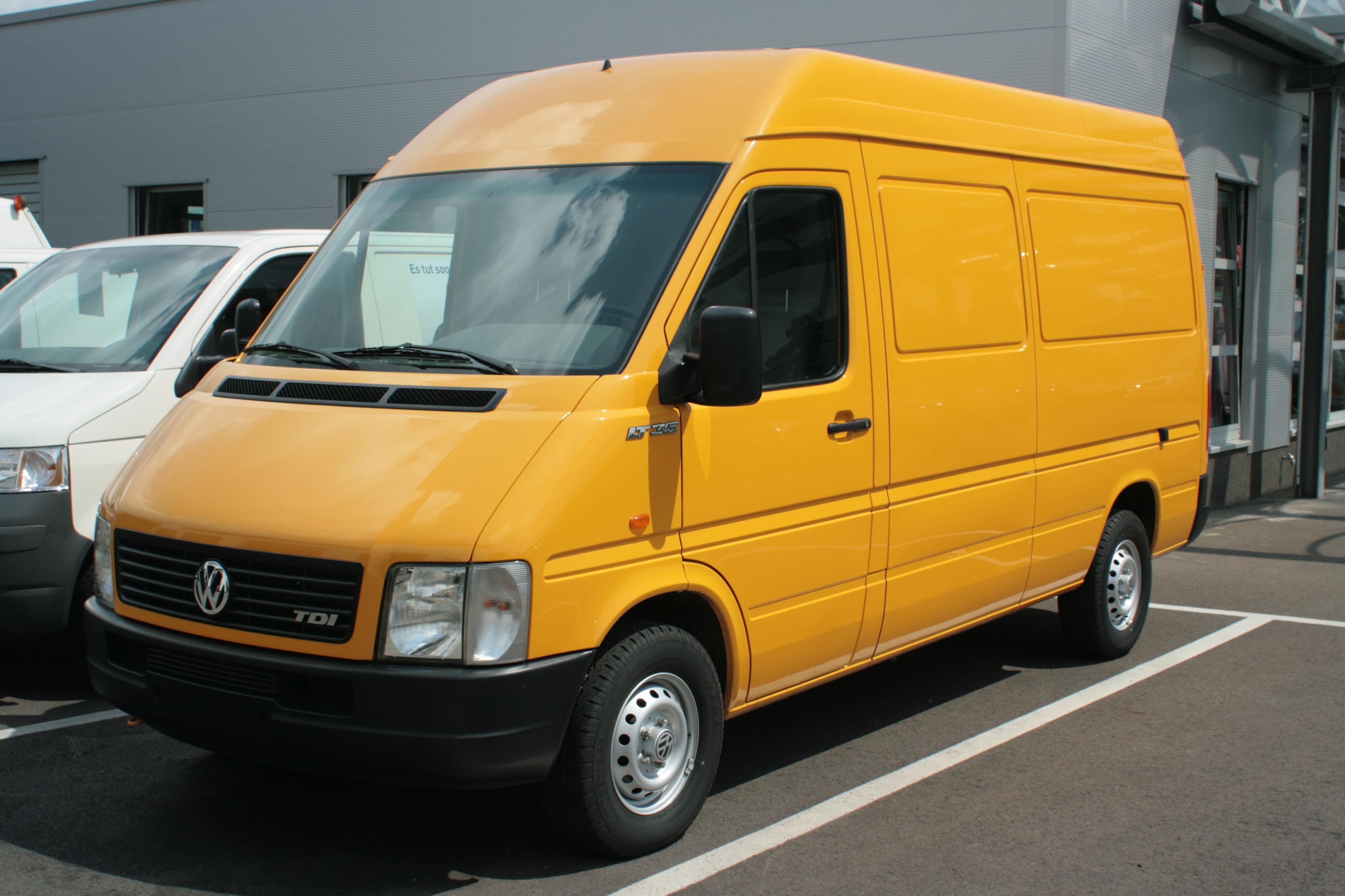 Vw Bus Dimensions >> File:LT35 Kasten gelb.JPG - Wikimedia Commons