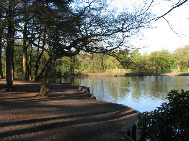 Lake at Cuerdon Valley Park - geograph.org.uk - 1512795
