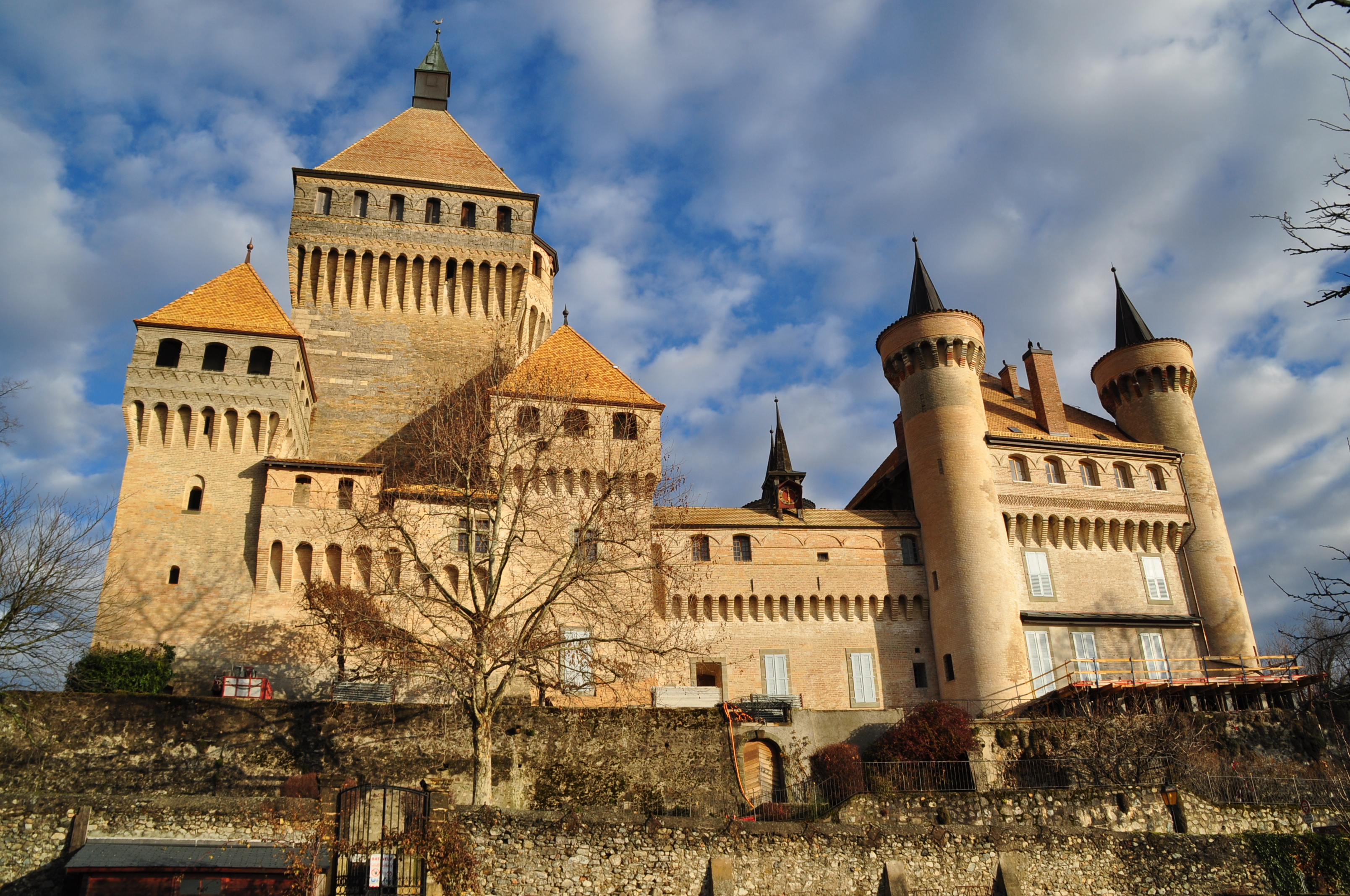 Le château de Vufflens.jpg