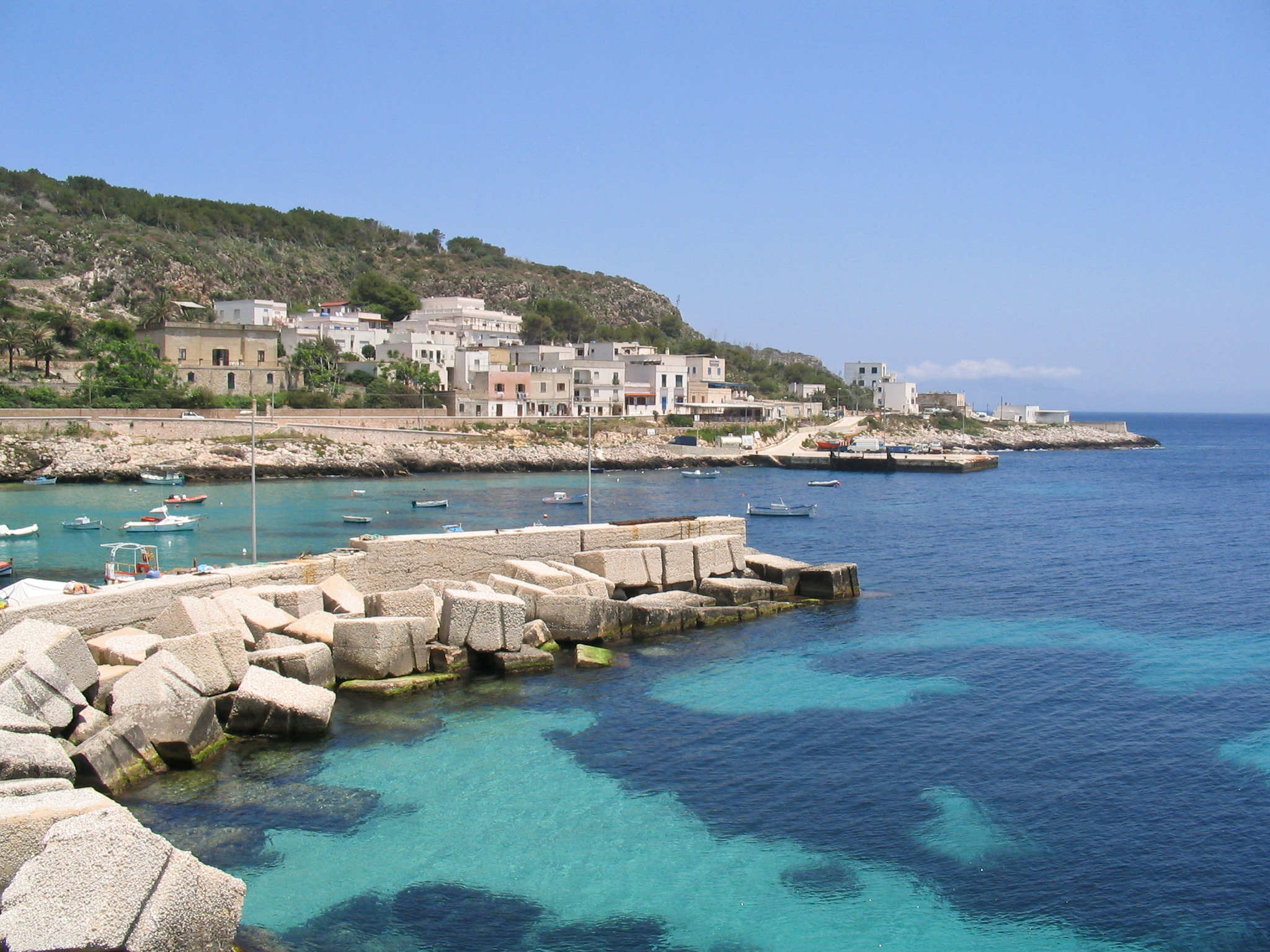 FileLevanzo Italy 14jpg Wikimedia Commons