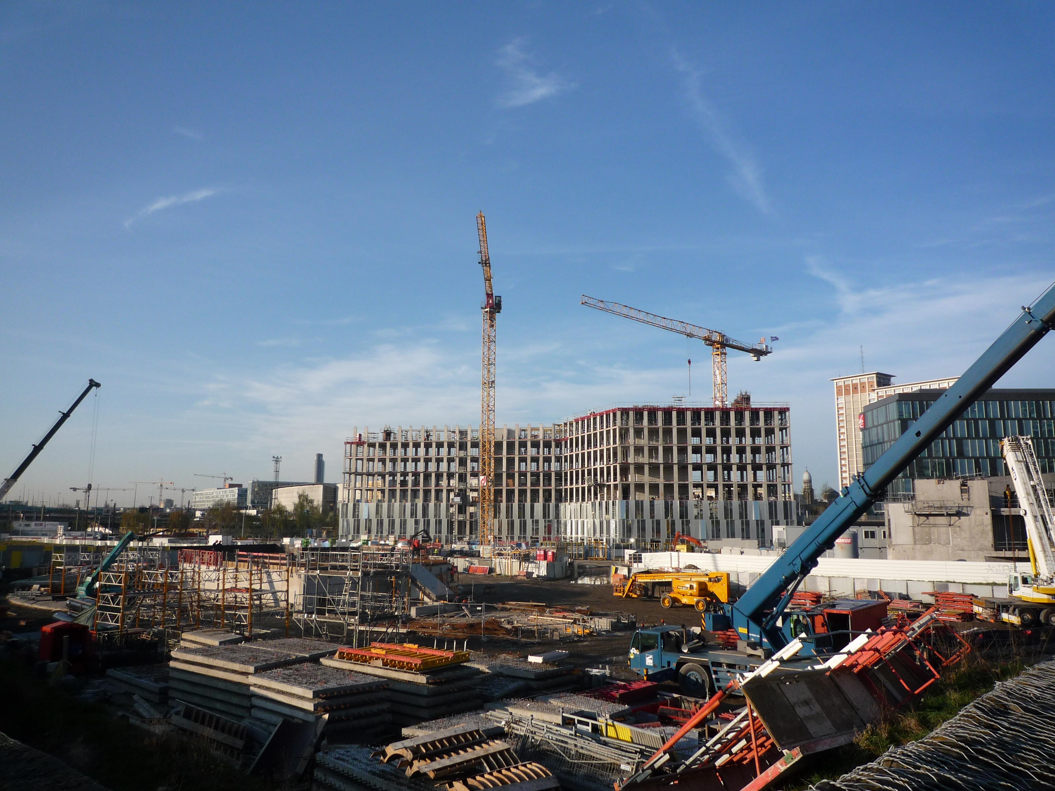File:Lille - Euralille 2 en construction 02.JPG - Wikimedia Commons