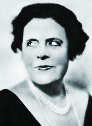 https://upload.wikimedia.org/wikipedia/commons/d/db/Marie_Dressler_Stars_of_the_Photoplay.jpg