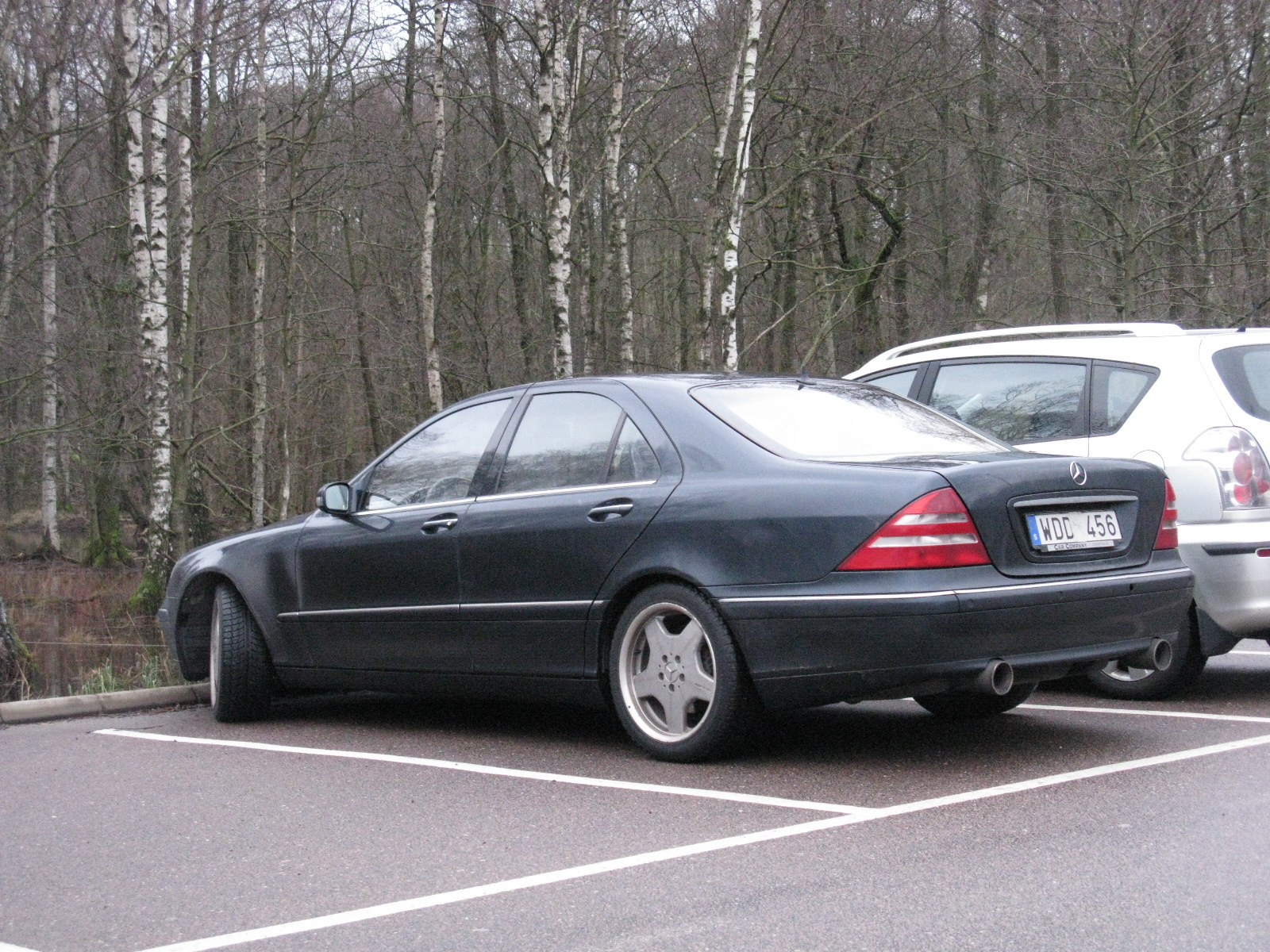 File:Mercedes-Benz S430 W220 (6527145705) jpg - Wikimedia