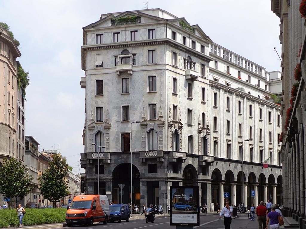 Palazzo crespi wikipedia for Piani di palazzi contemporanei