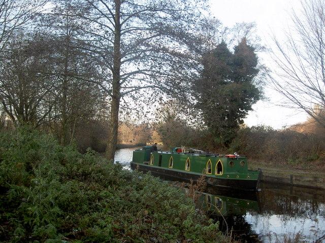 Narrowboat on Llangollen Canal - geograph.org.uk - 1067110