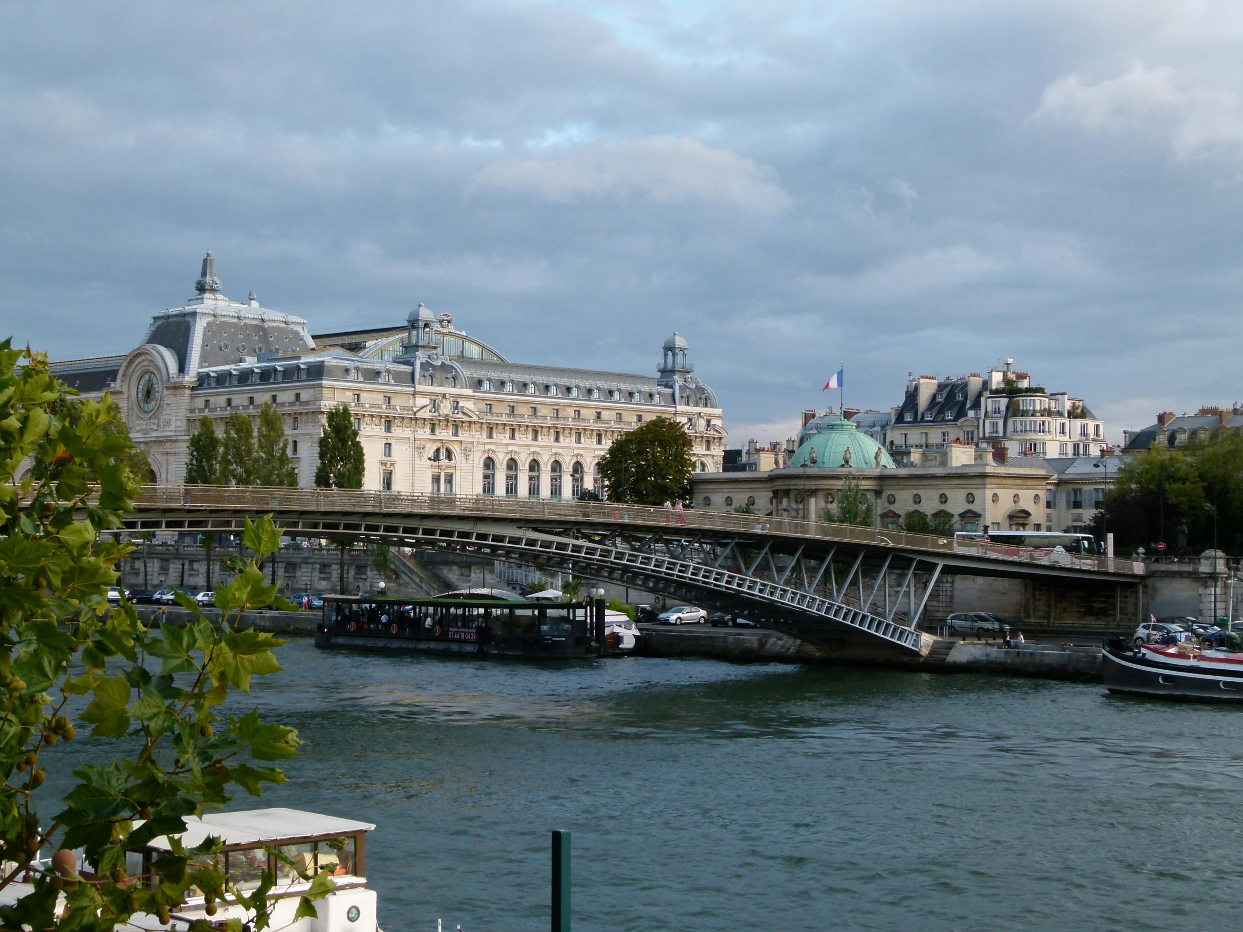 File Passerelle Léopold Sédar Senghor et musée d Orsay