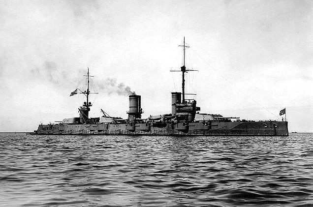 http://upload.wikimedia.org/wikipedia/commons/d/db/Poltava_battleship.jpg