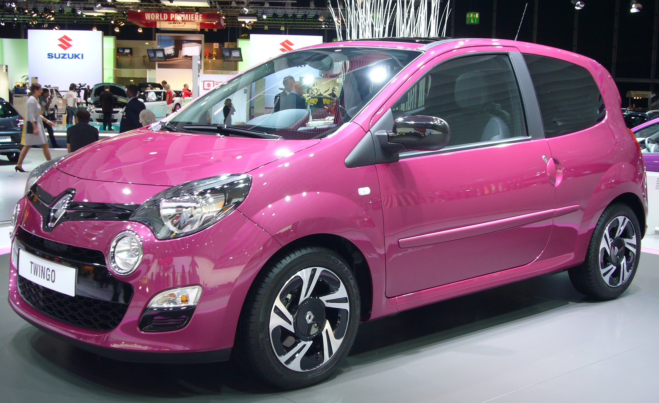 file renault twingo phase ii front quarter jpg wikimedia commons. Black Bedroom Furniture Sets. Home Design Ideas
