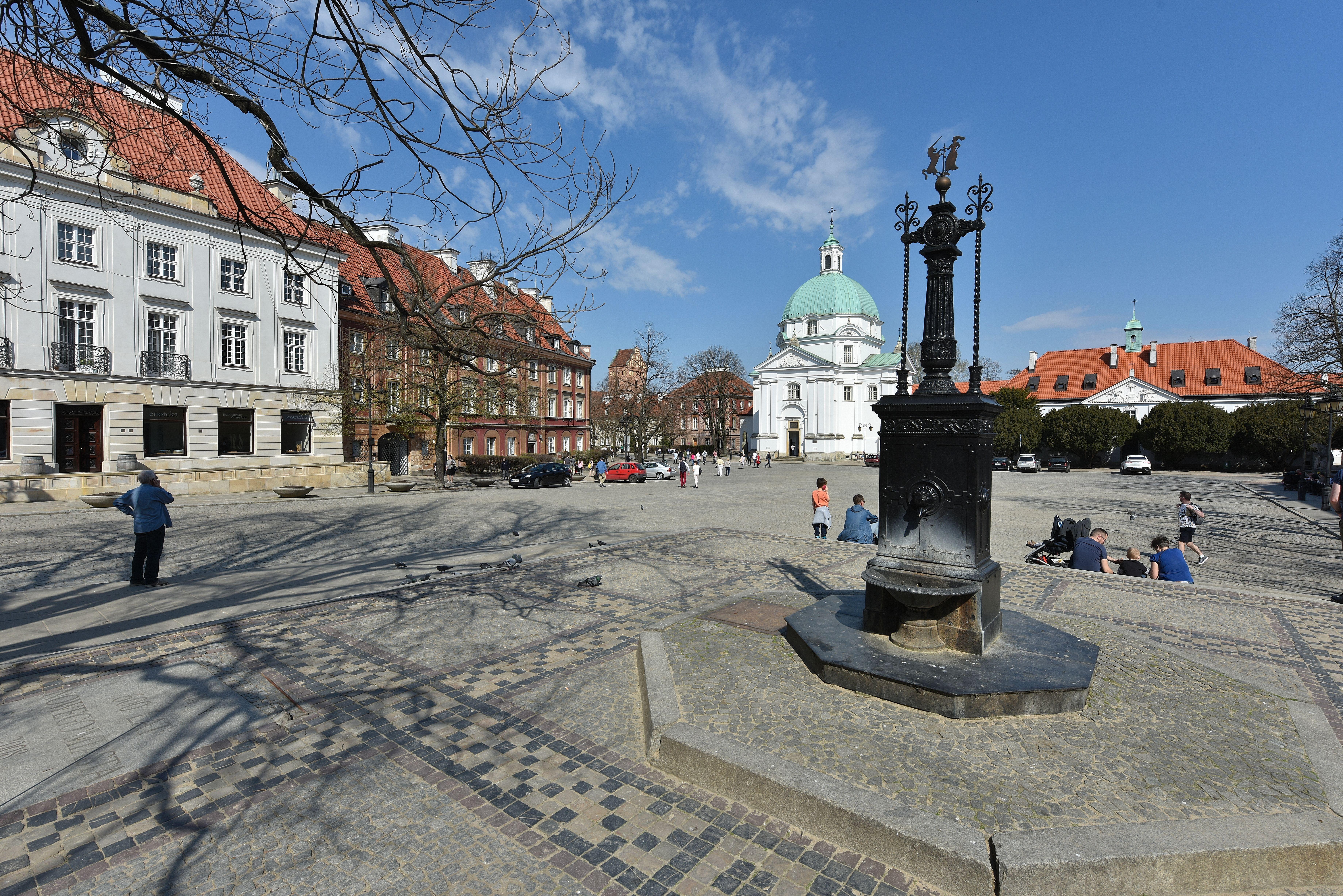 dating sites i Warszawa Polen matchmaking af kundali
