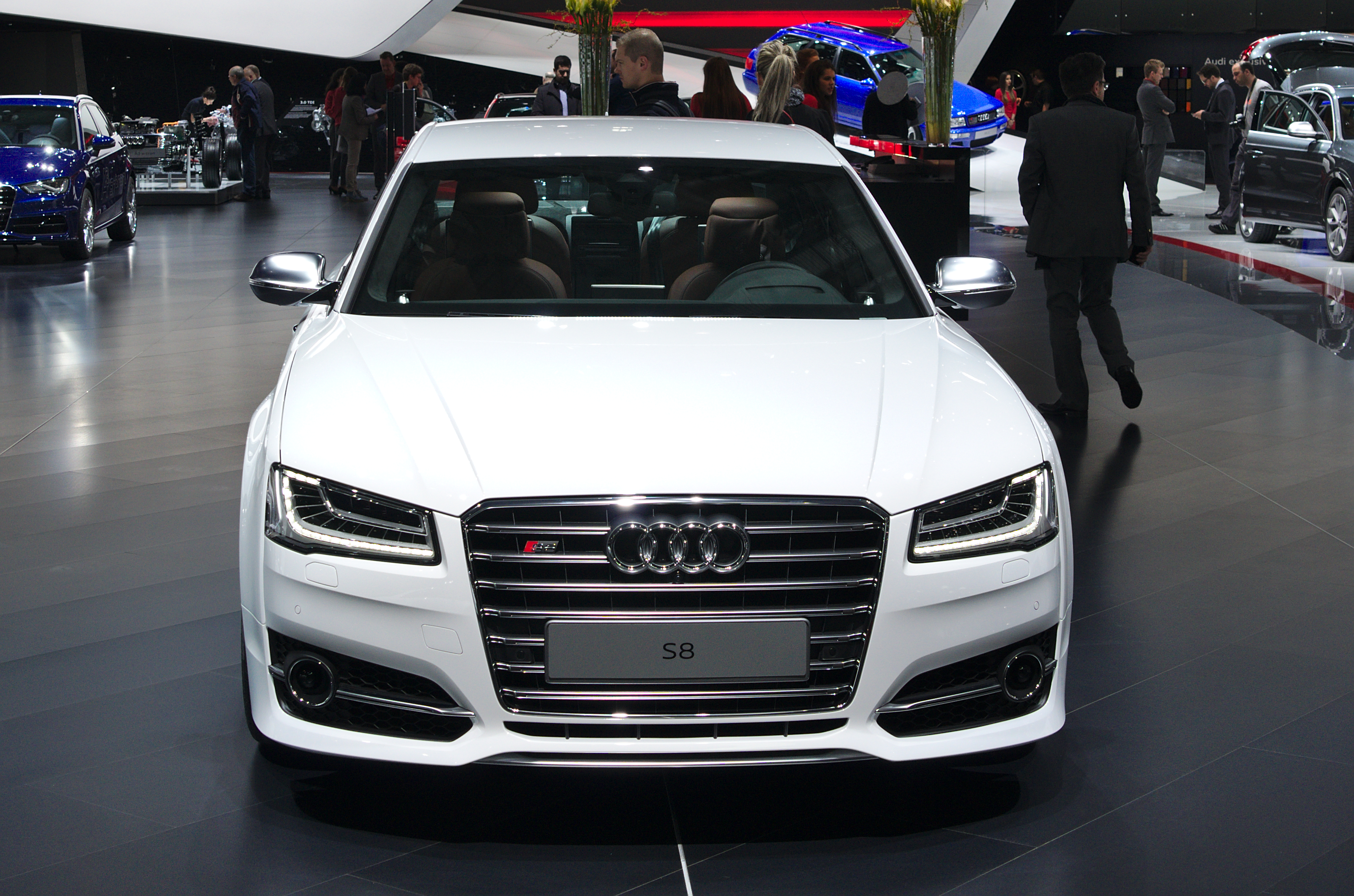file salon de l 39 auto de gen ve 2014 20140305 audi s8 wikimedia commons. Black Bedroom Furniture Sets. Home Design Ideas