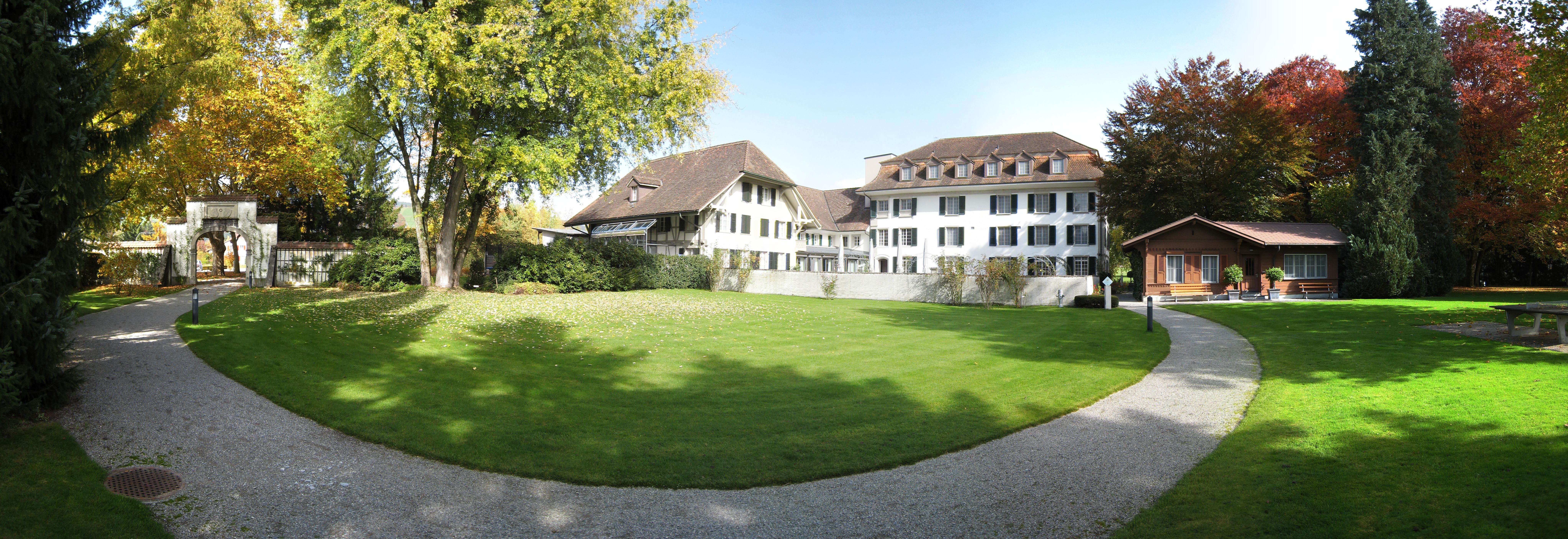 Konolfingen Switzerland  city pictures gallery : Schloss Hünigen Hof Wikimedia Commons