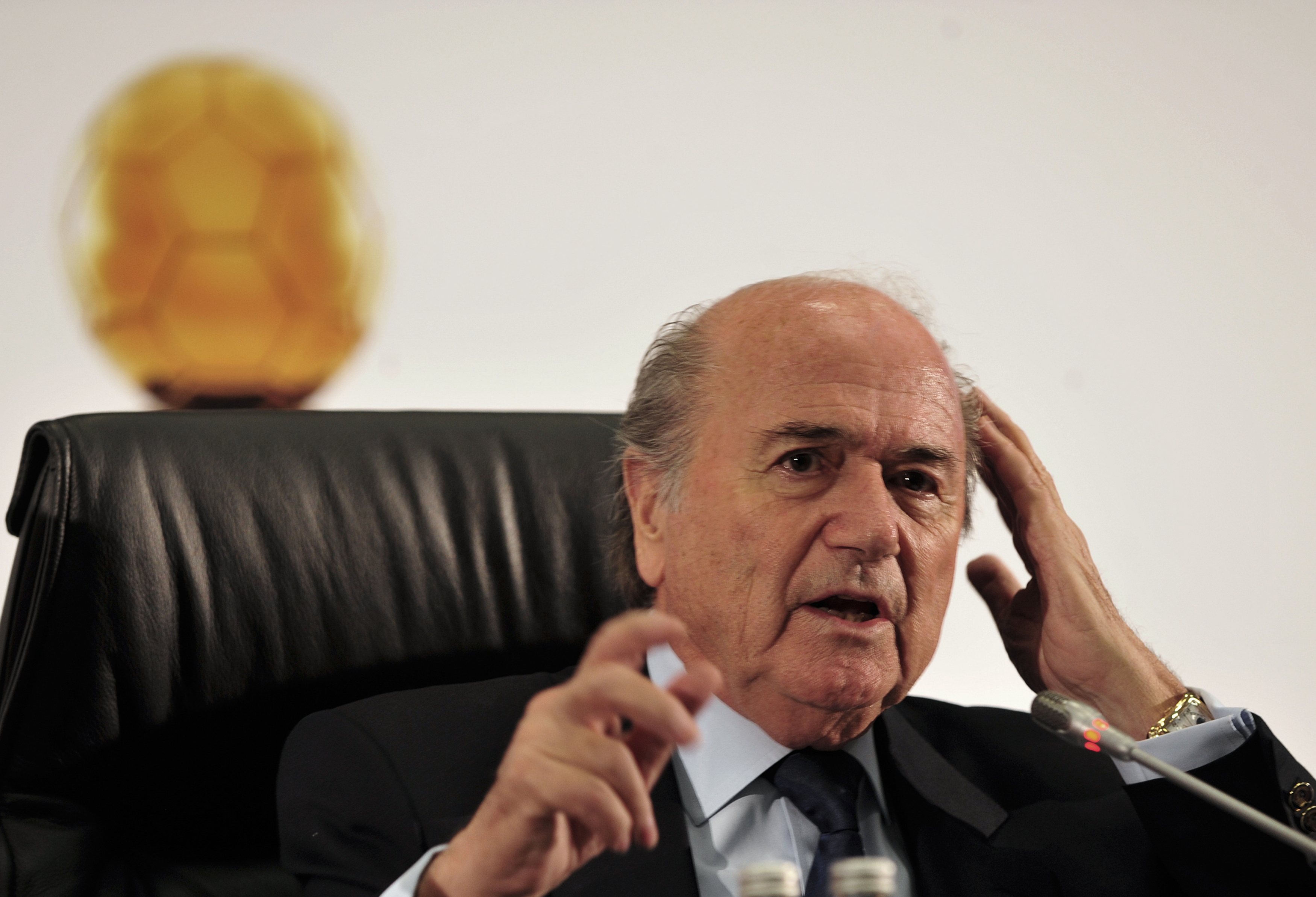 File:Sepp Blatter at signing of agreement creating FIFA ...