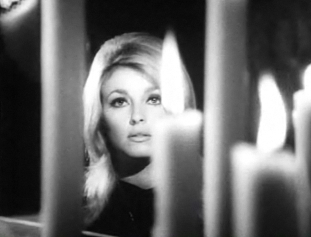 Tate in the 1966 film Eye of the Devil. Sharon Tate in Eye of the Devil trailer 1.jpg